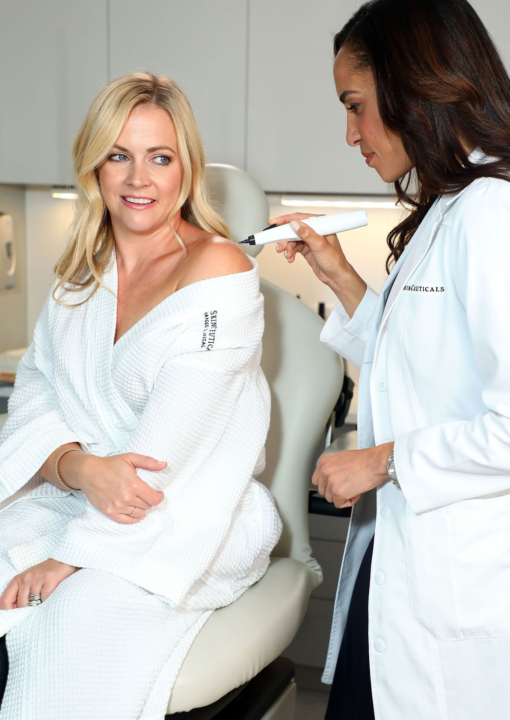 Melissa Joan Hart gets her unwanted dark spots removed with the new CryoCorrect Treatment from SkinCeuticals at the NicholsMD dermatology practice with Dr. Kim Nichols in Greenwich, Connecticut, on Aug. 30, 2017.