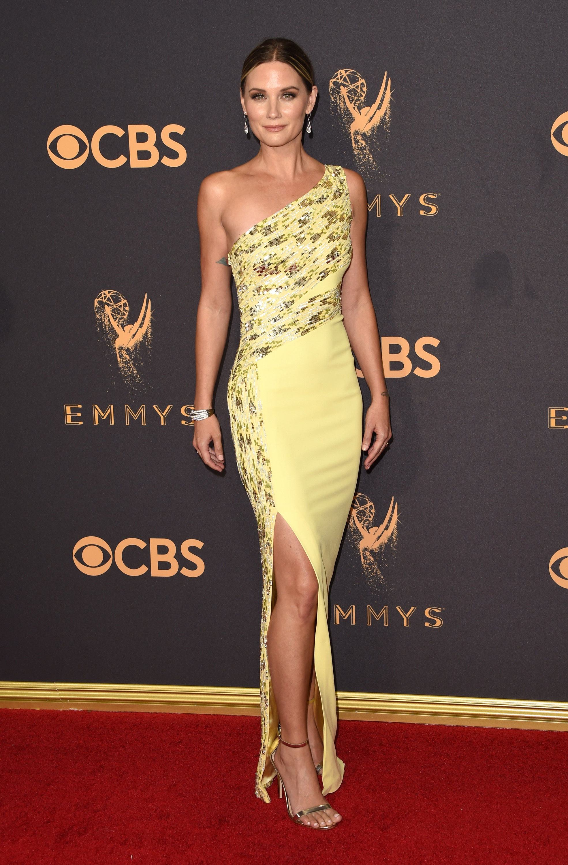Jennifer Nettles attends the 69th Annual Primetime Emmy Awards at the Microsoft Theater in Los Angeles on Sept. 17, 2017.