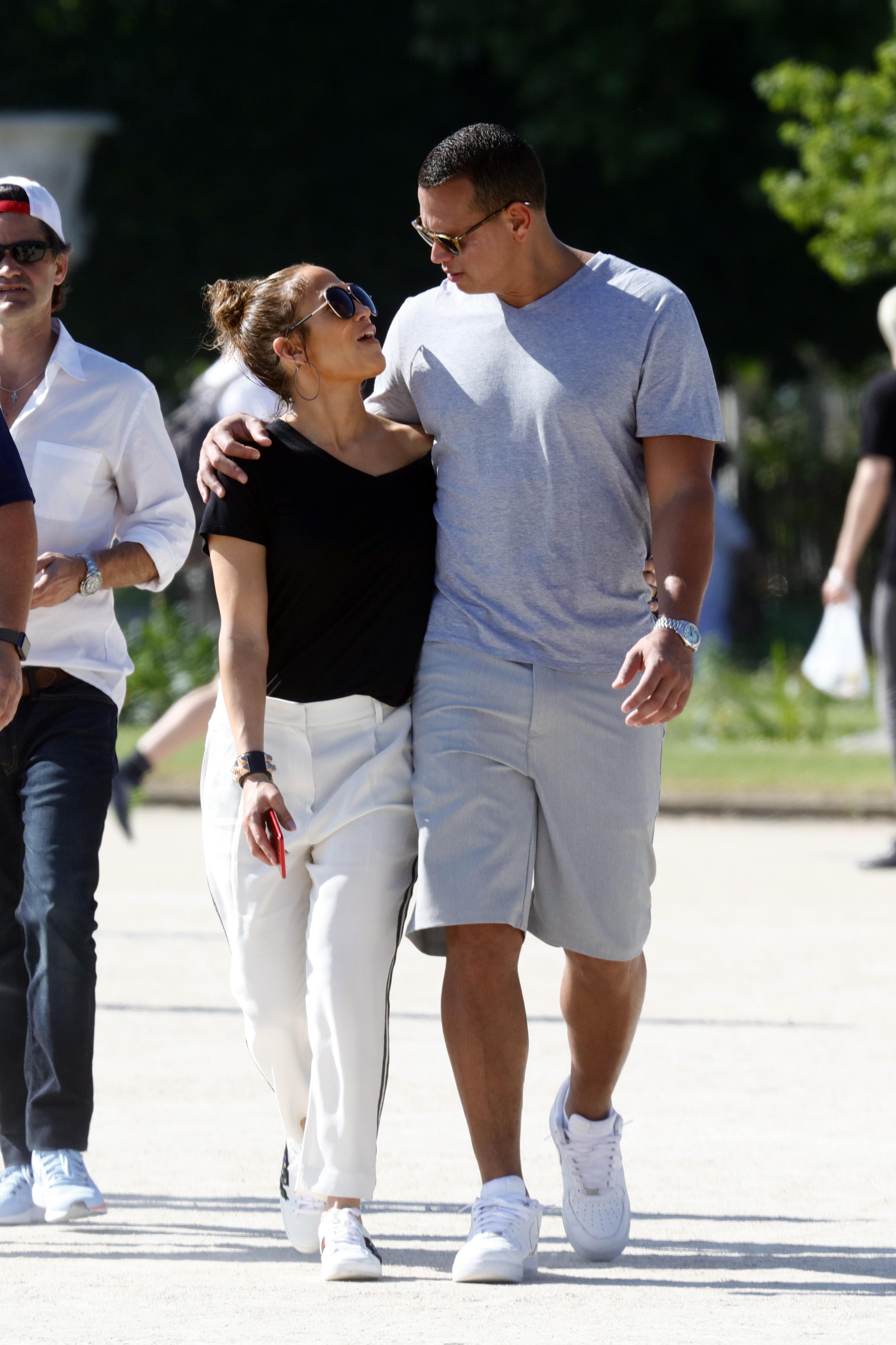 Jennifer Lopez and Alex Rodriguez walk through Paris on June 18, 2017.