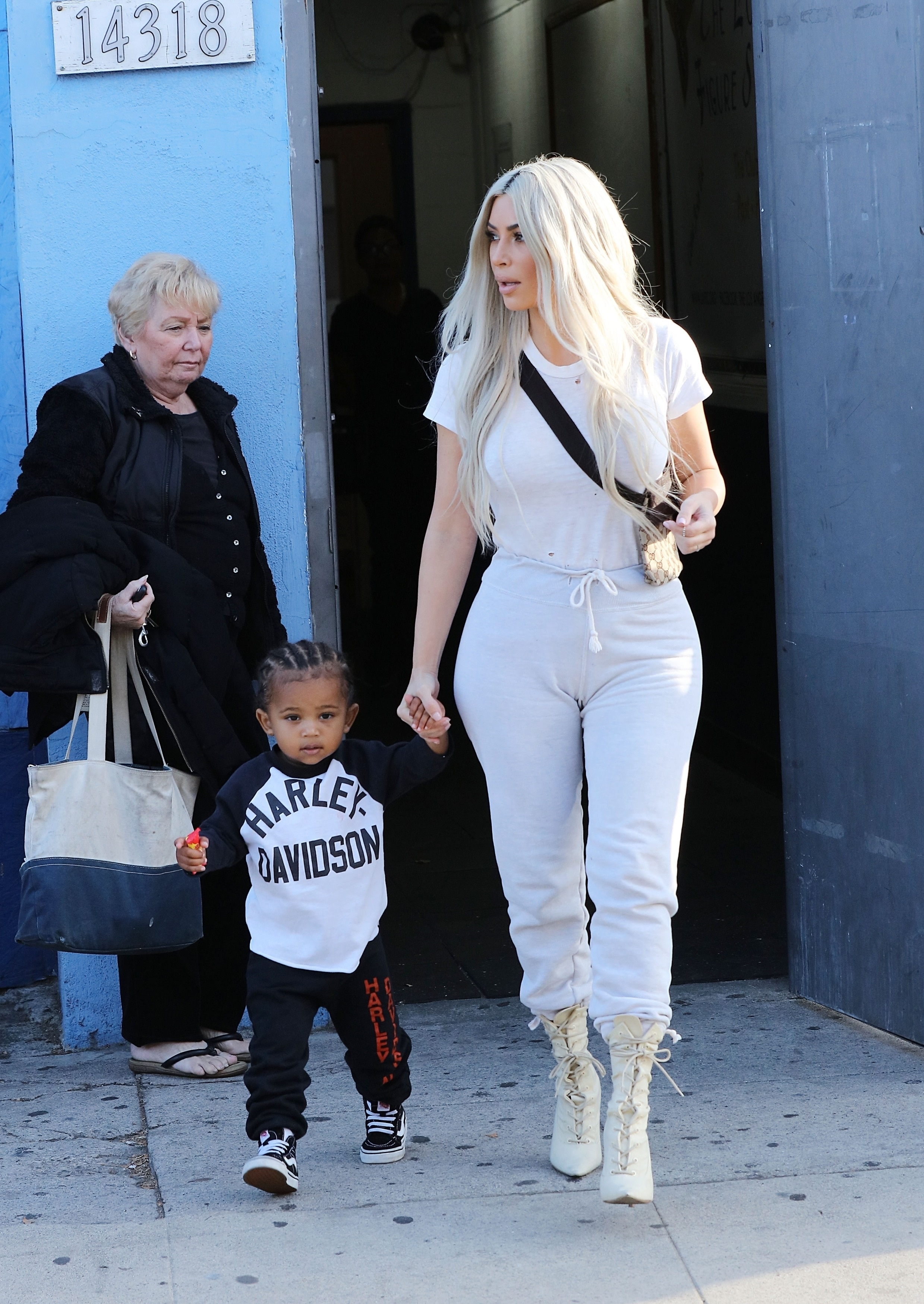 Kim Kardashian exits Iceland Ice Skating Center in Van Nuys with Saint West on Sept. 21, 2017   Pictured: Kim Kardashian  BACKGRID USA 21 SEPTEMBER 2017   USA: +1 310 798 9111 / usasales@backgrid.com  UK: +44 208 344 2007 / uksales@backgrid.com  *UK Clients   Pictures Containing Children Please Pixelate Face Prior To Publication*