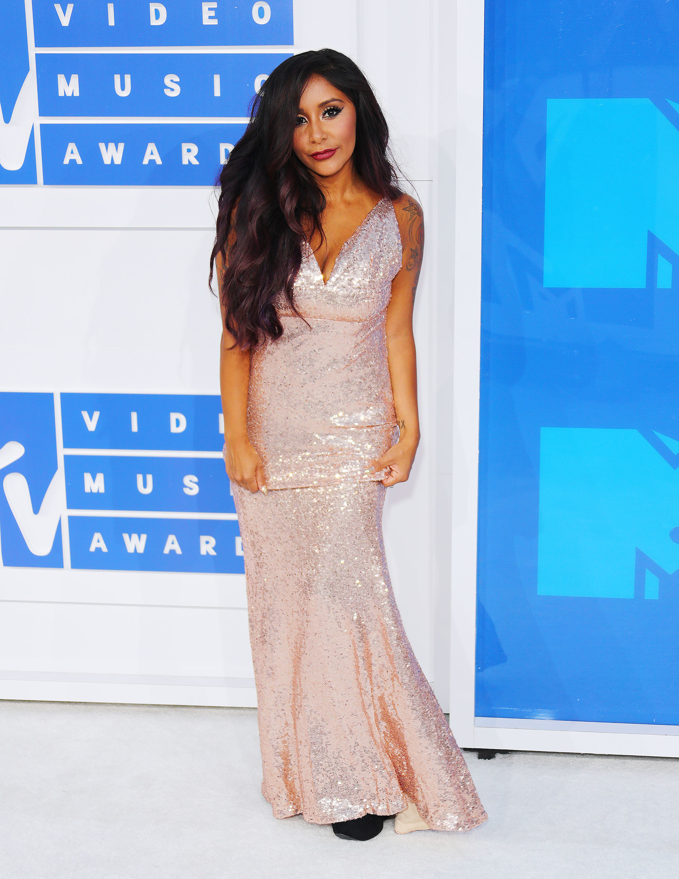 Nicole Polizzi aka Snooki attends the 2016 MTV VMA Awards at Madison Square Garden in New York City on Aug. 28, 2016.