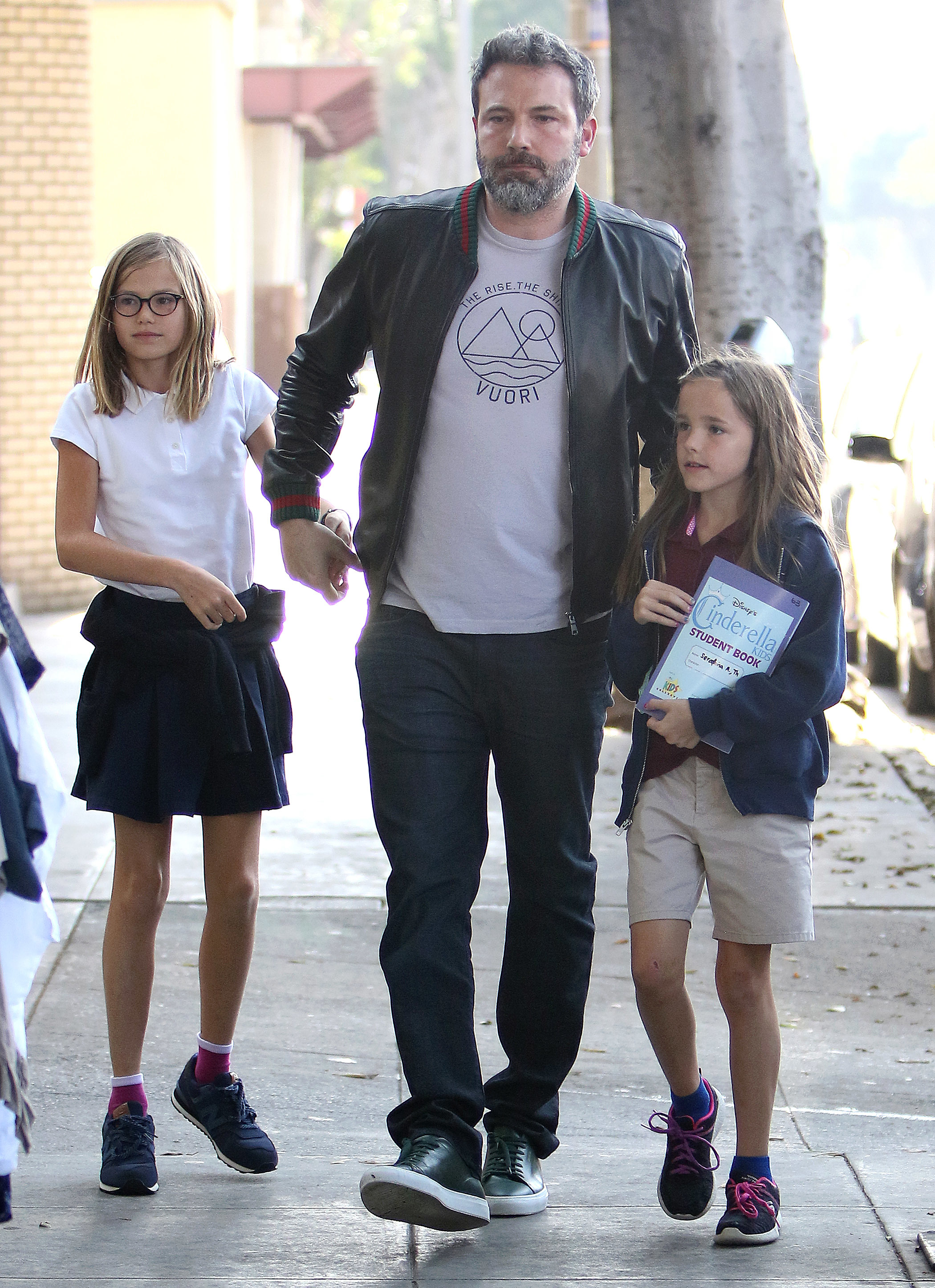 Ben Affleck links up with his daughters, Violet and Seraphina, in Los Angeles on Oct. 12, 2017.
