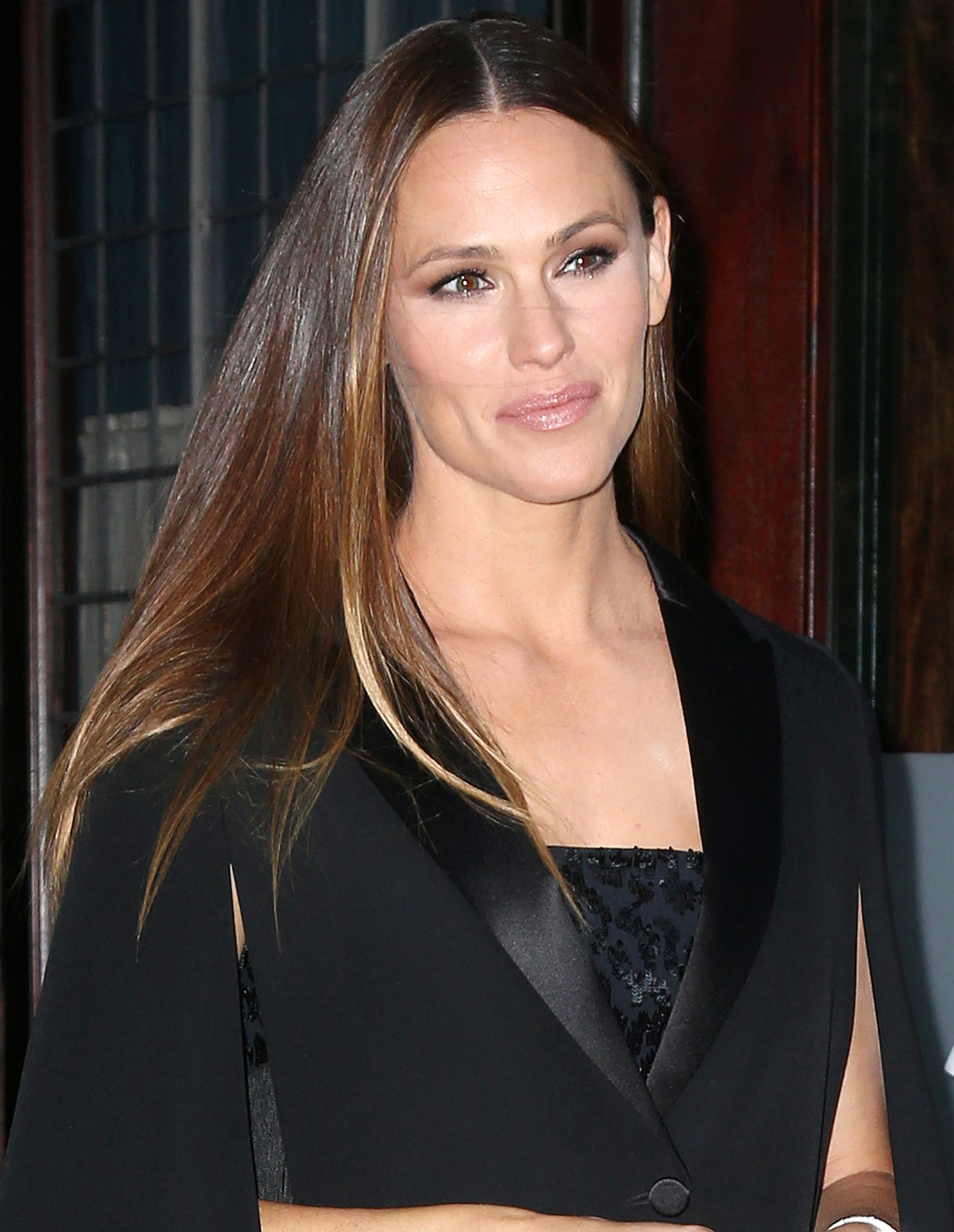 Jennifer Garner went glam and gothic as she was spotted leaving The Bowery Hotel on her way to an event in New York City on Oct. 18, 2017.