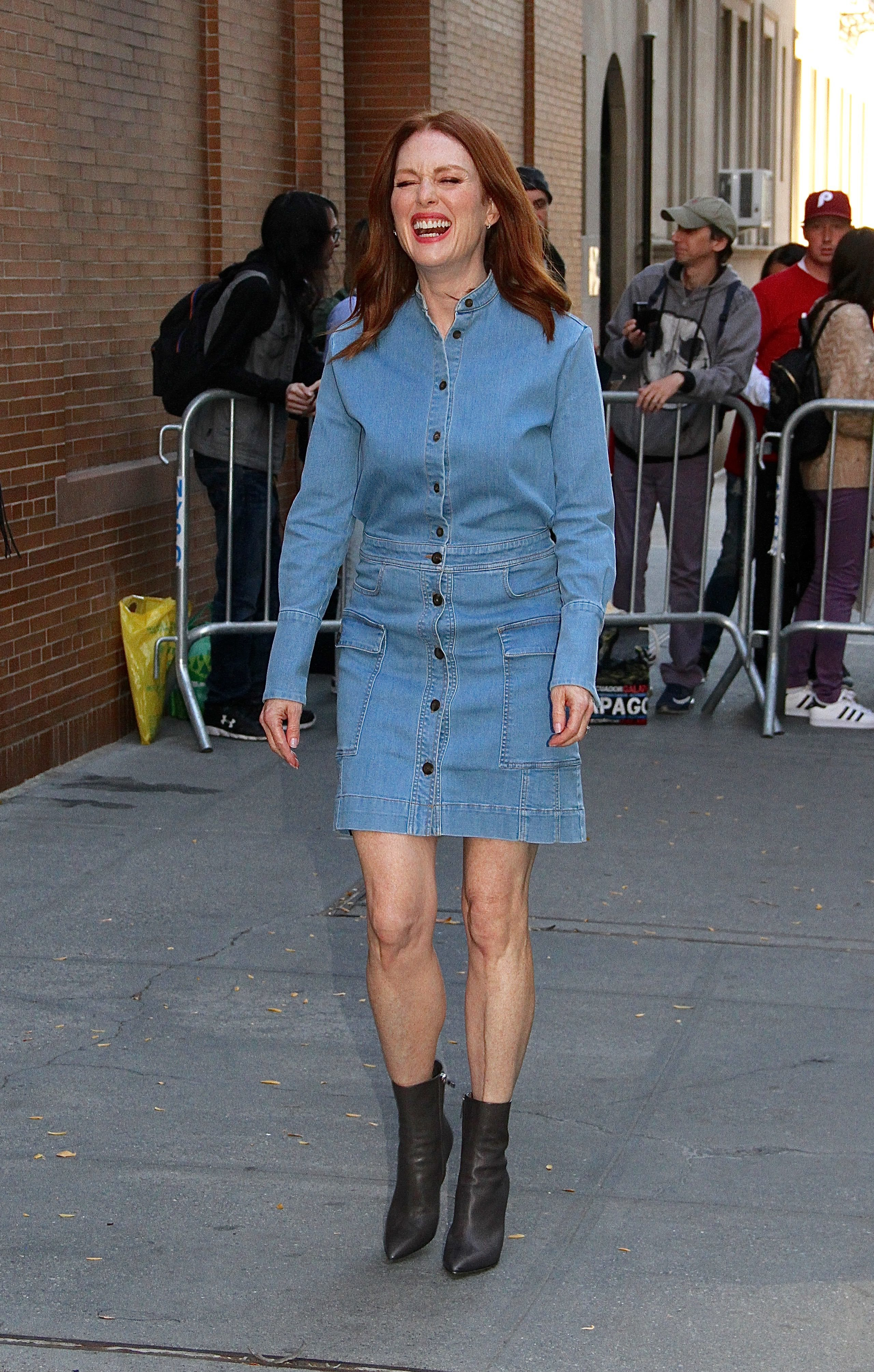 """Julianne Moore was all smiles while she was spotted leaving """"The View""""  in New York City on Oct. 19, 2017."""