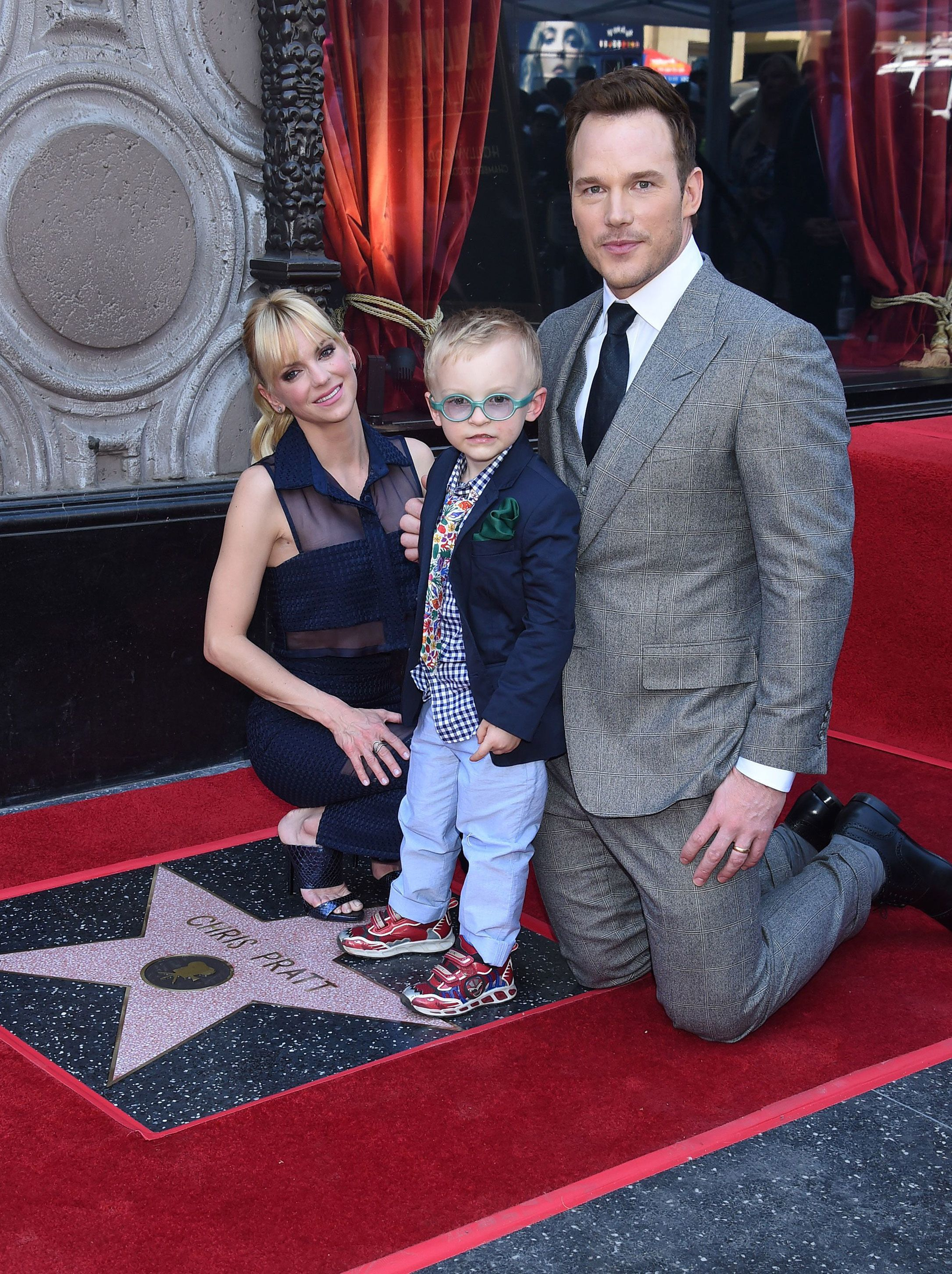 Anna Faris talks to Jimmy Kimmel and his wife about child health care