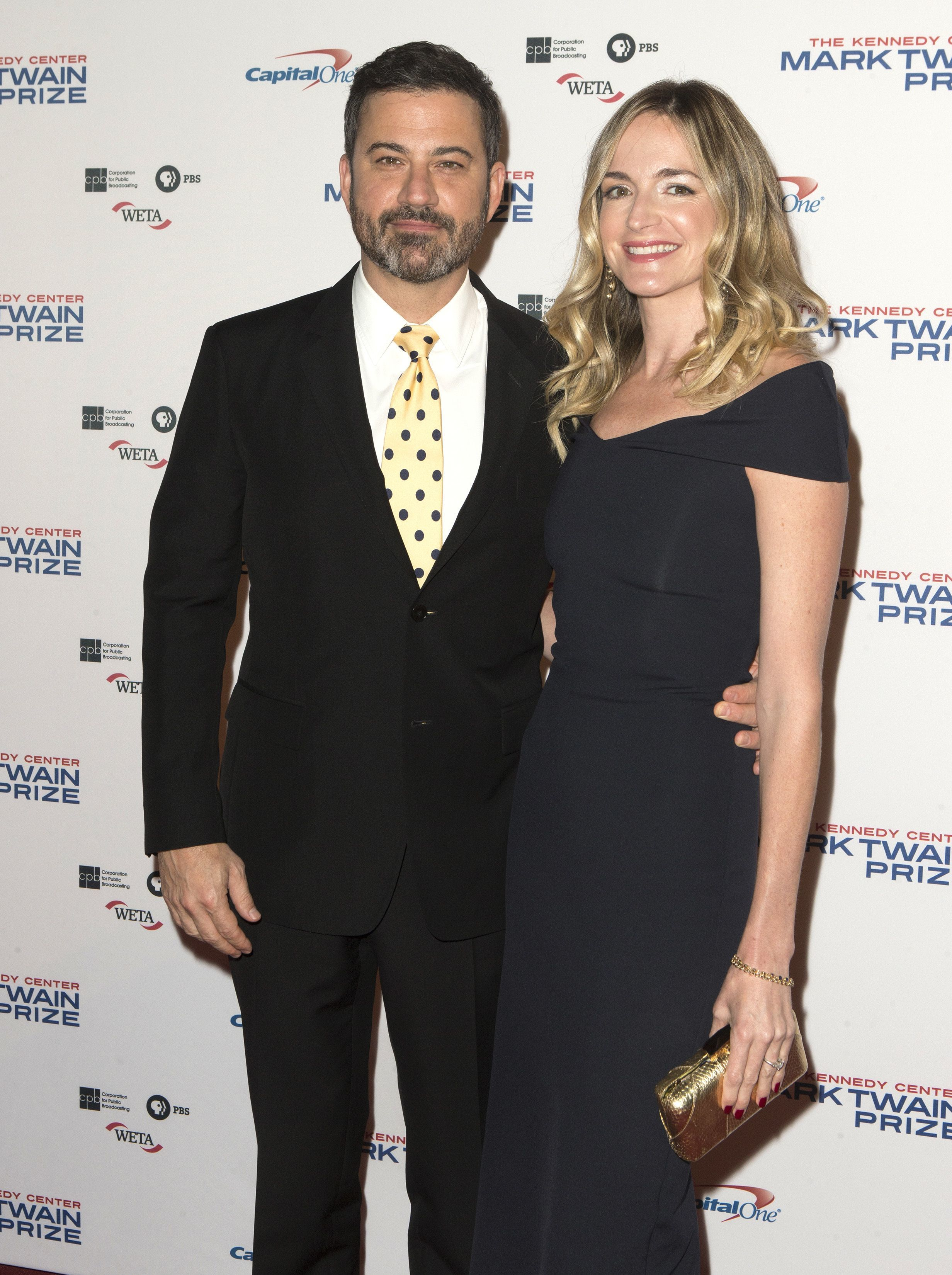 Jimmy Kimmel with his wife Molly McNearney arrive at the Kennedy Center for the Performing Arts for the 20th annual Mark Twain Prize for American Humor in Washington D.C. on Oct. 22, 2017.