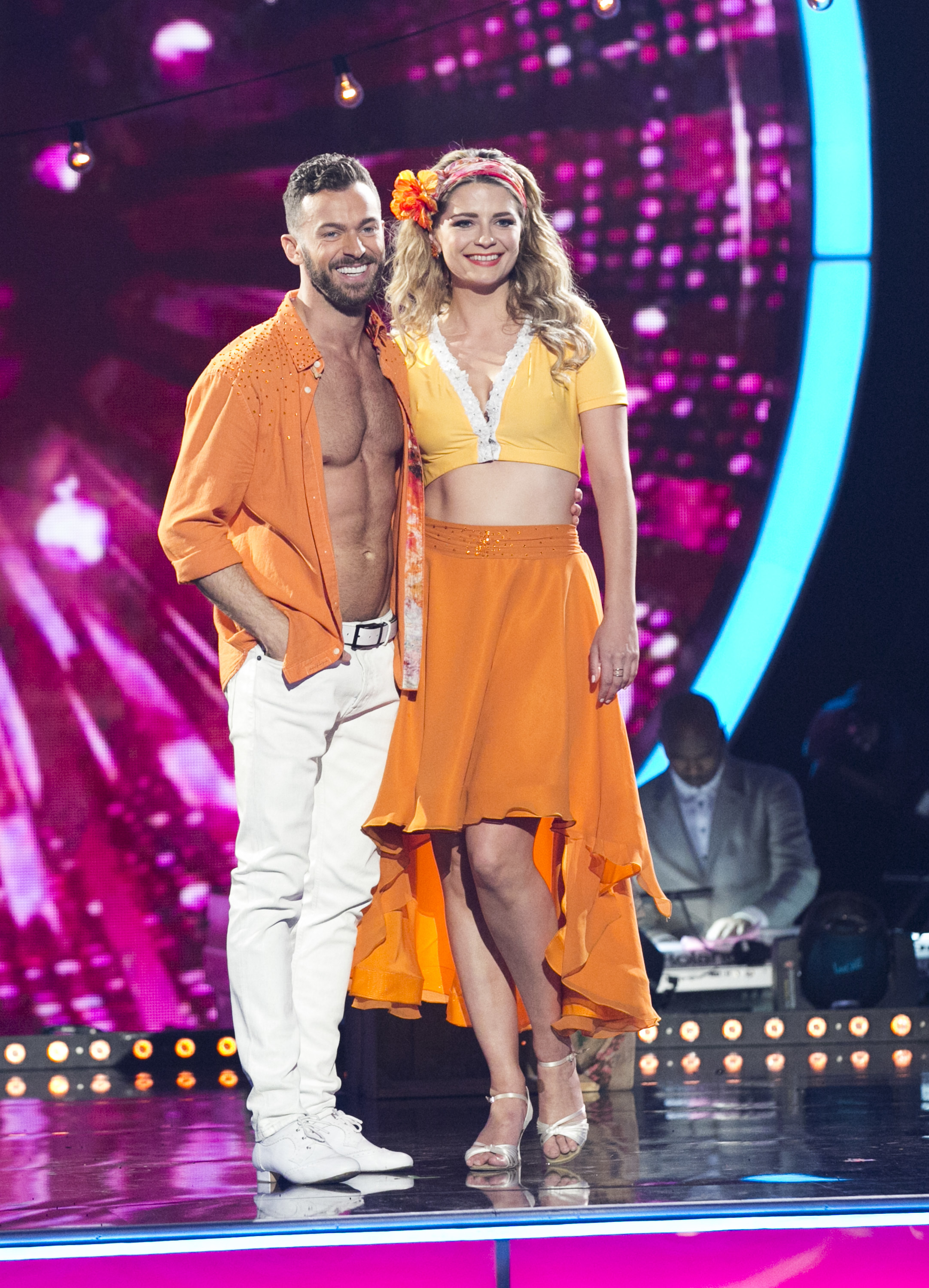"""Mischa Barton poses with her partner Artem Chigvintsev after a performance on """"Dancing With the Stars"""": Season 22 in Los Angeles on March 28, 2016."""