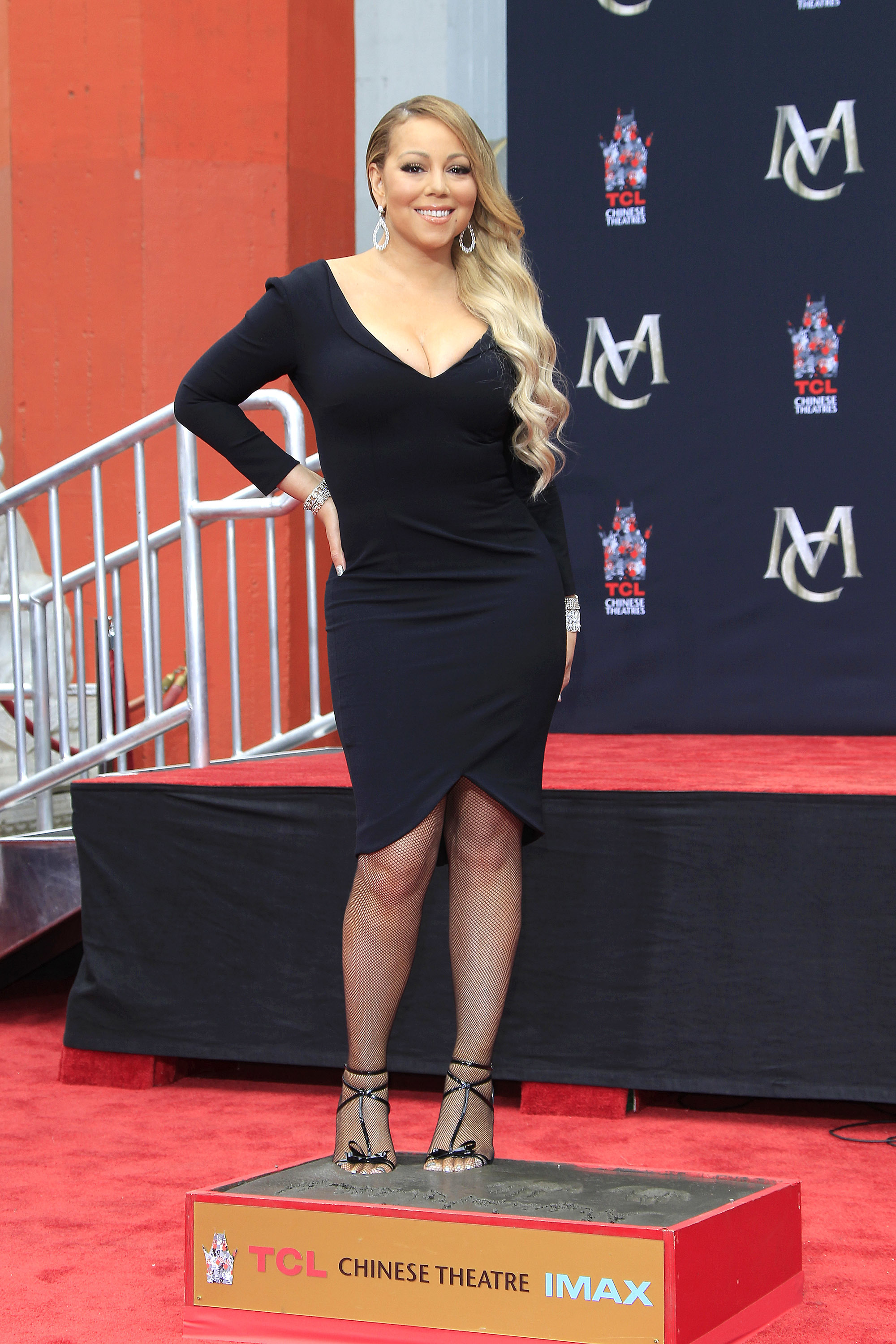 Mariah Carey is reportedly signing with Roc Nation