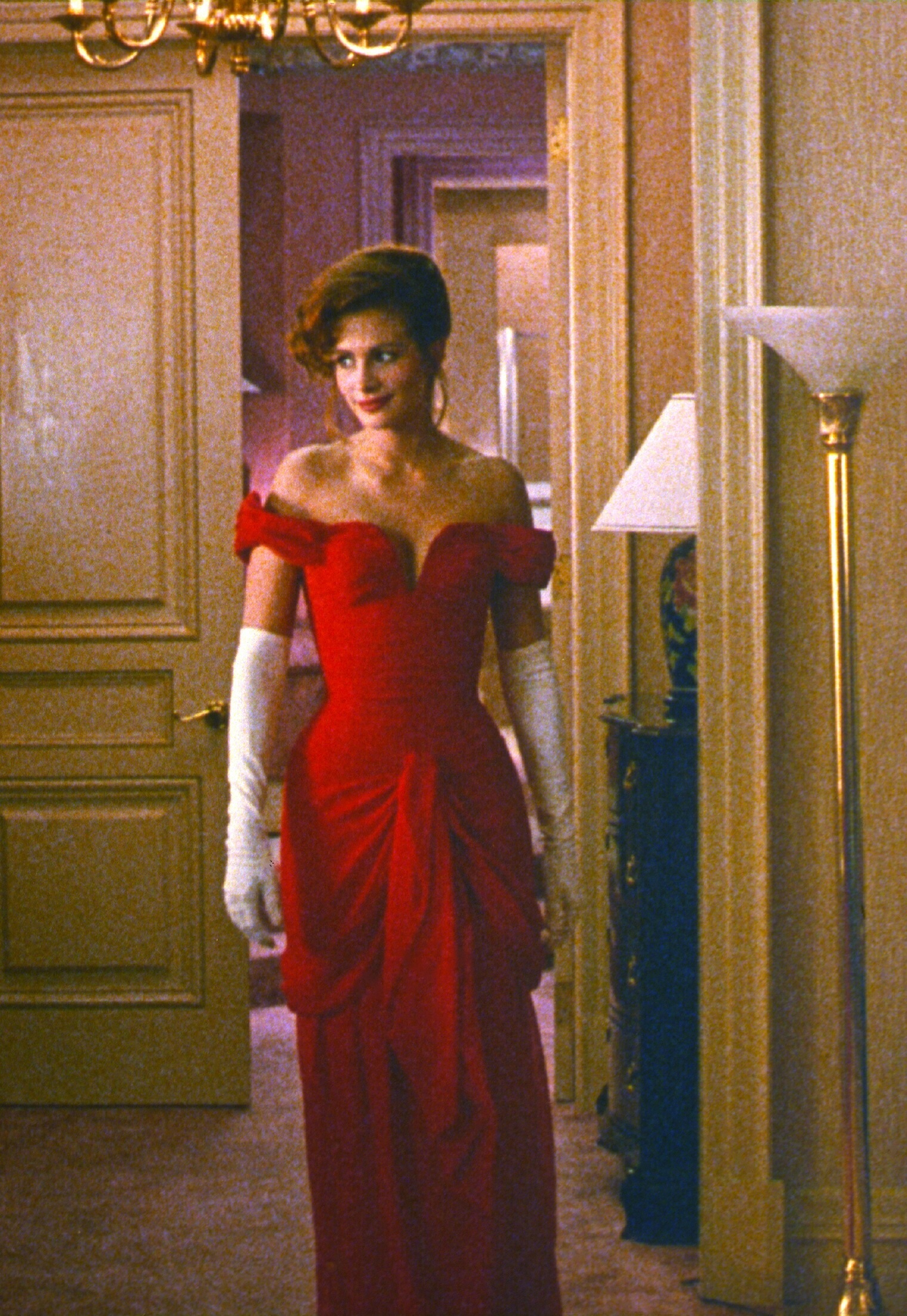 "Julia Roberts stars in ""Pretty Woman"" in 1990."