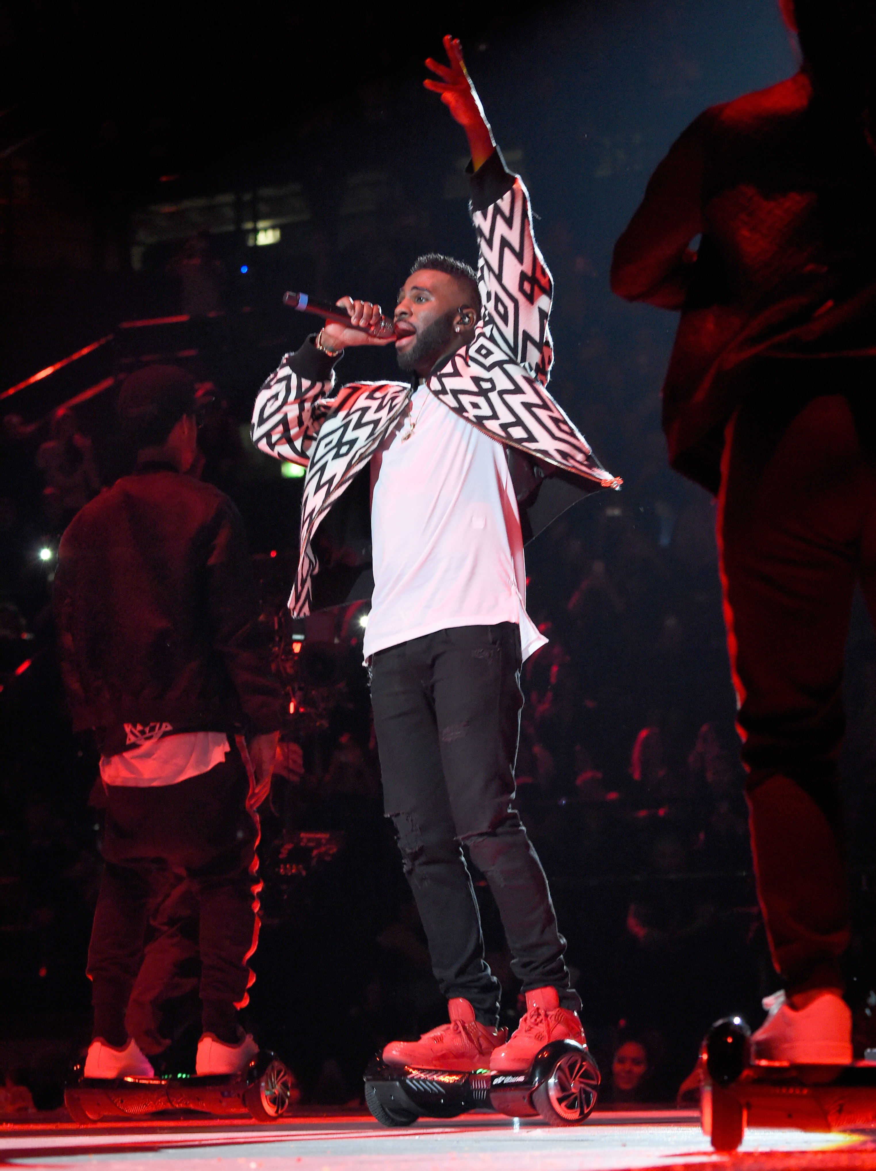 Jason Derulo performs at the MTV Europe Music Awards 2015 at Mediolanum Forum in Milan, Italy on October 25, 2015.