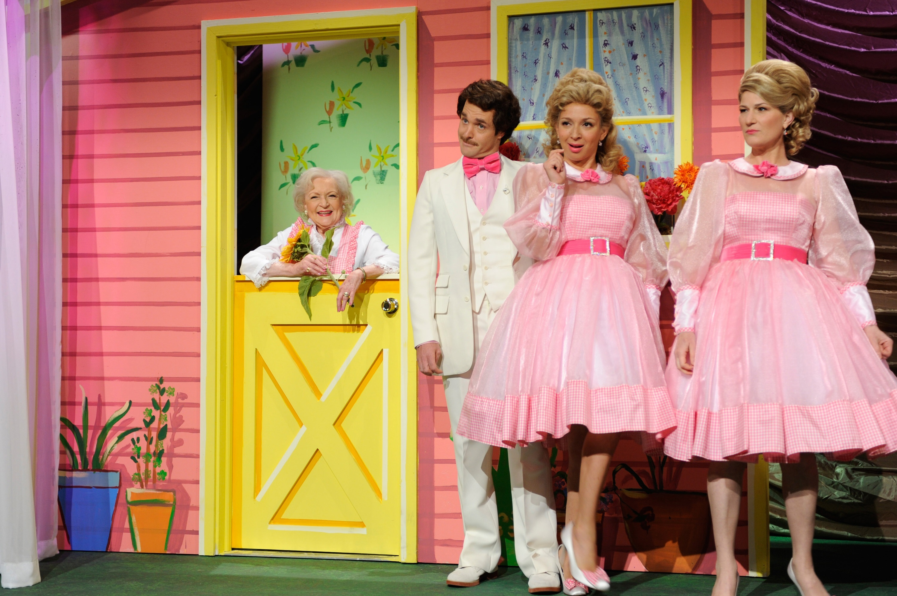 """Betty White, Will Forte, Maya Rudolph and Ana Gasteyer star on """"SNL"""" on May 8, 2010."""