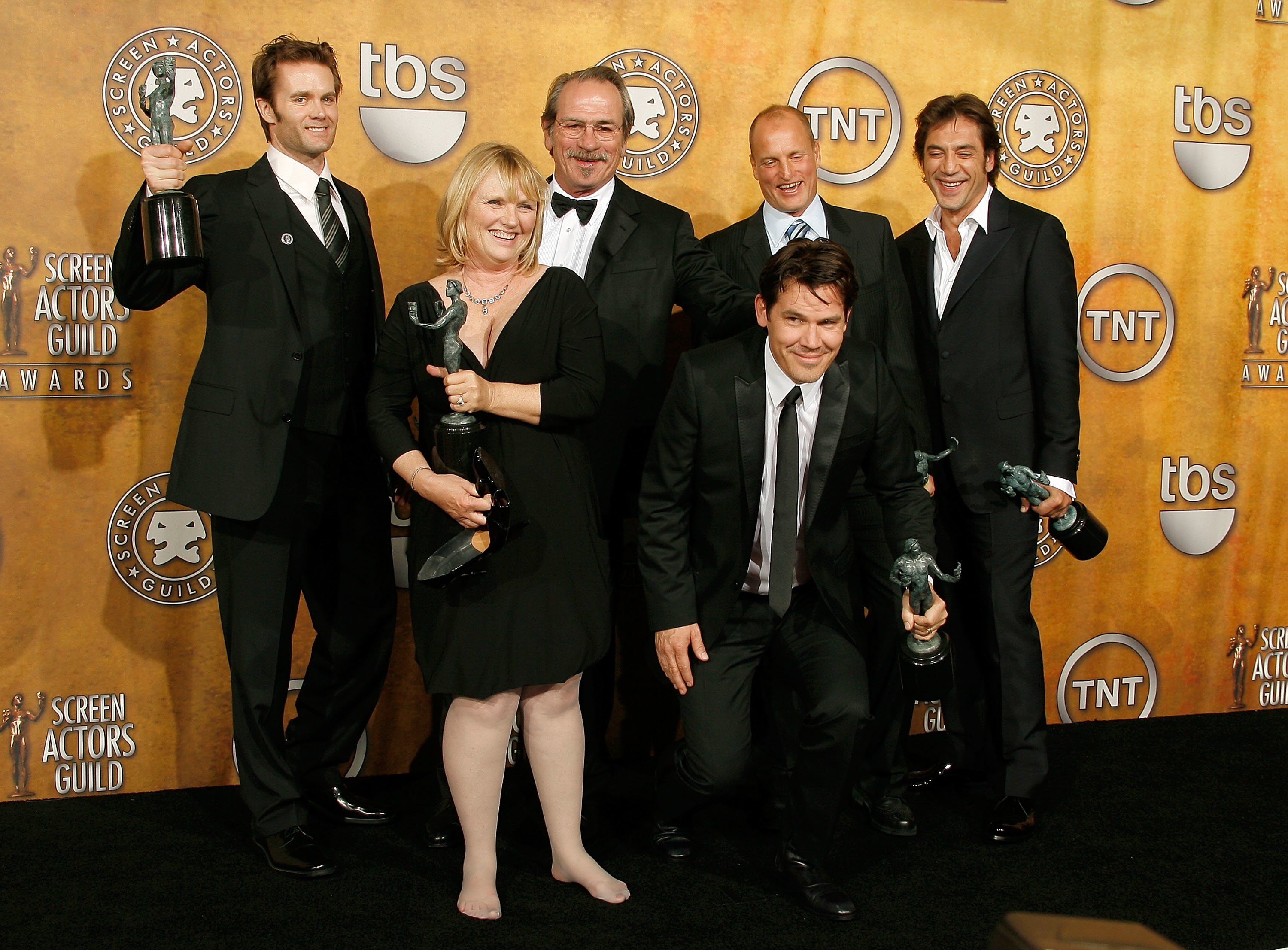 Garret Dillahunt, Tess Harper, Tommy Lee Jones, Josh Brolin, Woody Harrelson and Javier Bardem attend the 14th Annual SAG Awards at the Shrine Auditorium in Los Angeles on Jan. 27, 2008.