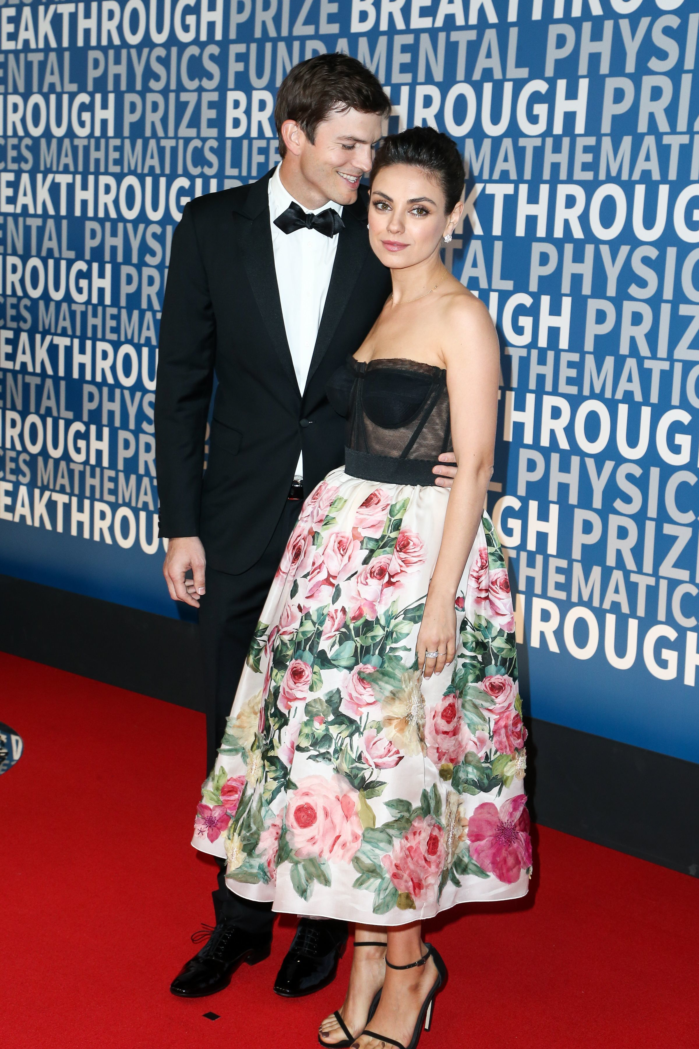 Ashton Kutcher and Mila Kunis attend the 6th Annual Breakthrough Prize in Mountain View, Calif., on Dec. 3, 2017.