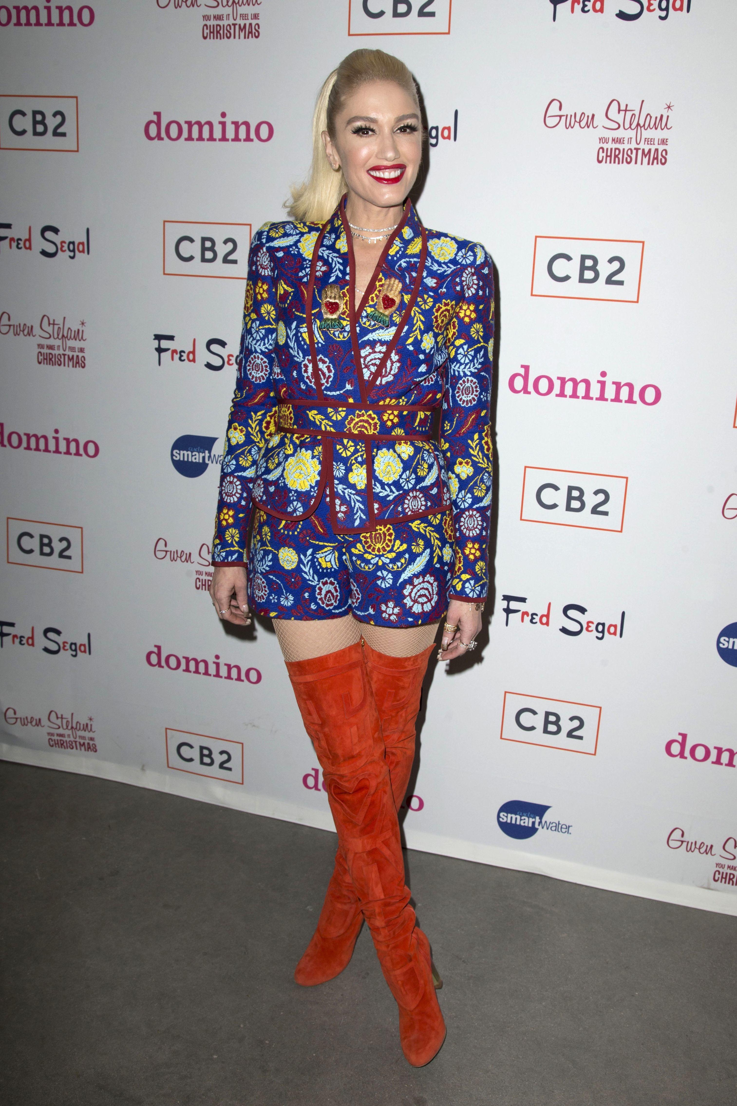 Gwen Stefani Week In Celebrity Pictures Dec 4 8