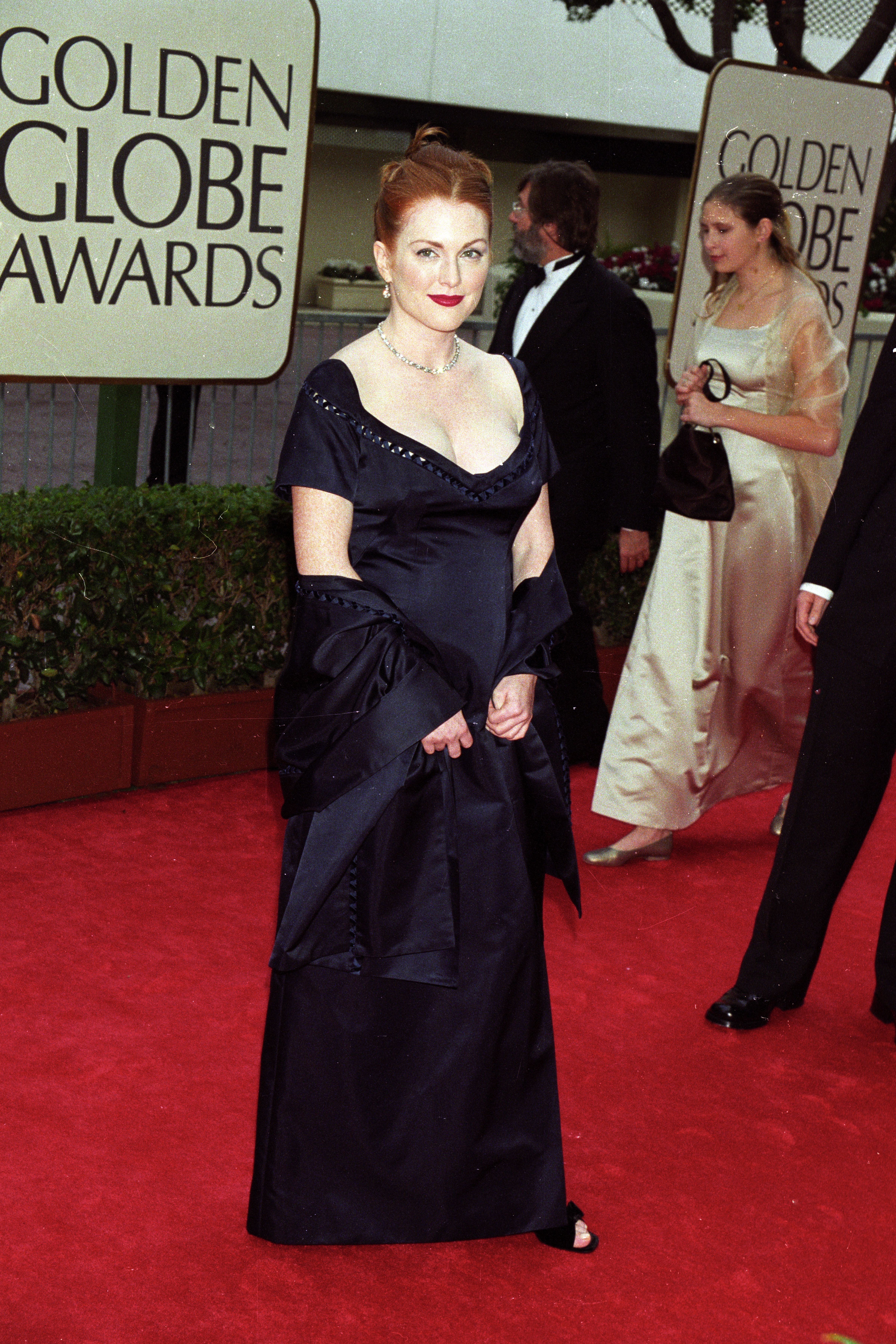 Julianne Moore arrives at the 55th annual Golden Globe Awards in Beverly Hills on Jan. 18, 1998.