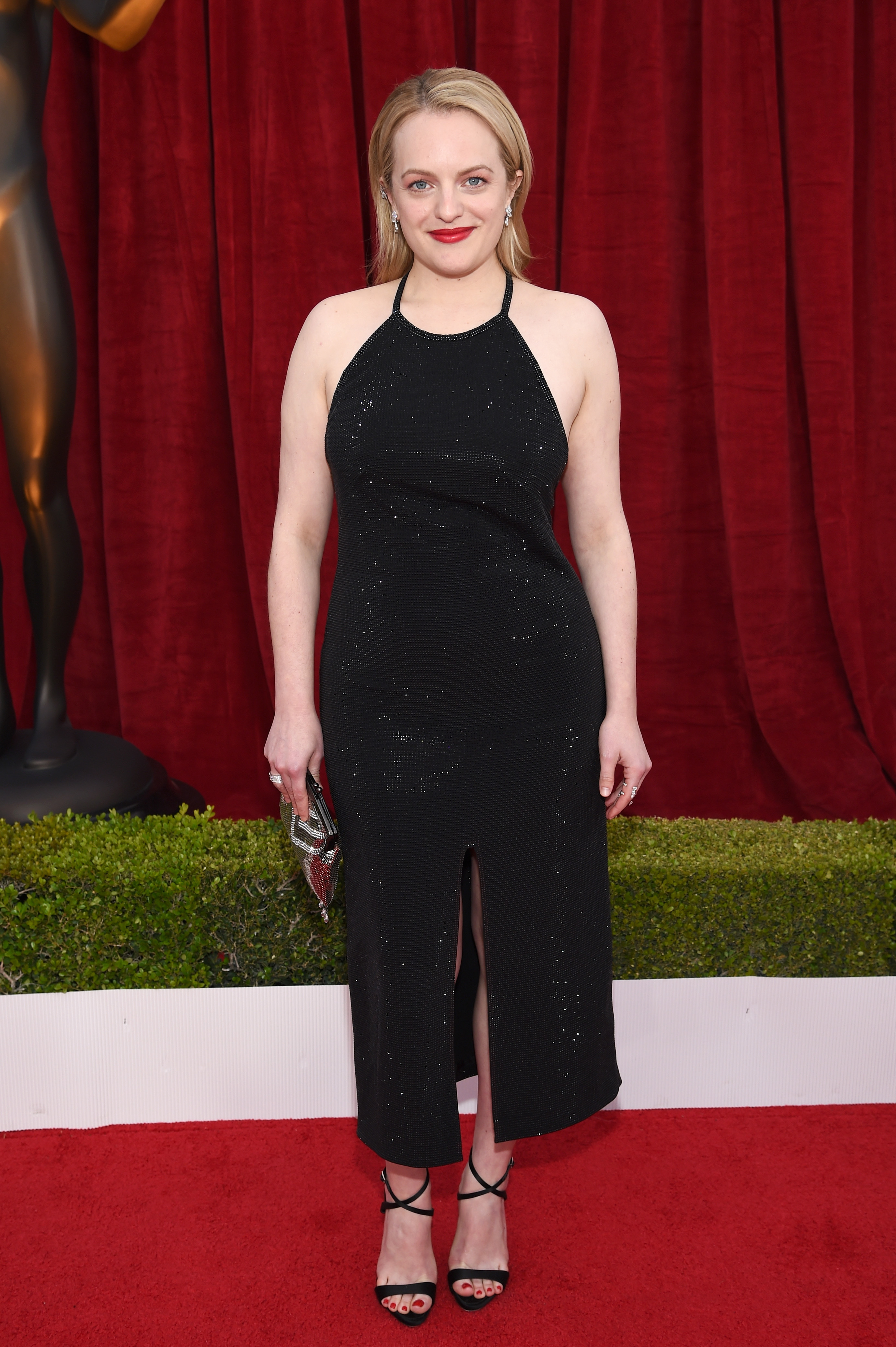 Elisabeth Moss attends the 24th Annual Screen Actors Guild Awards in Los Angeles on Jan. 21, 2018.