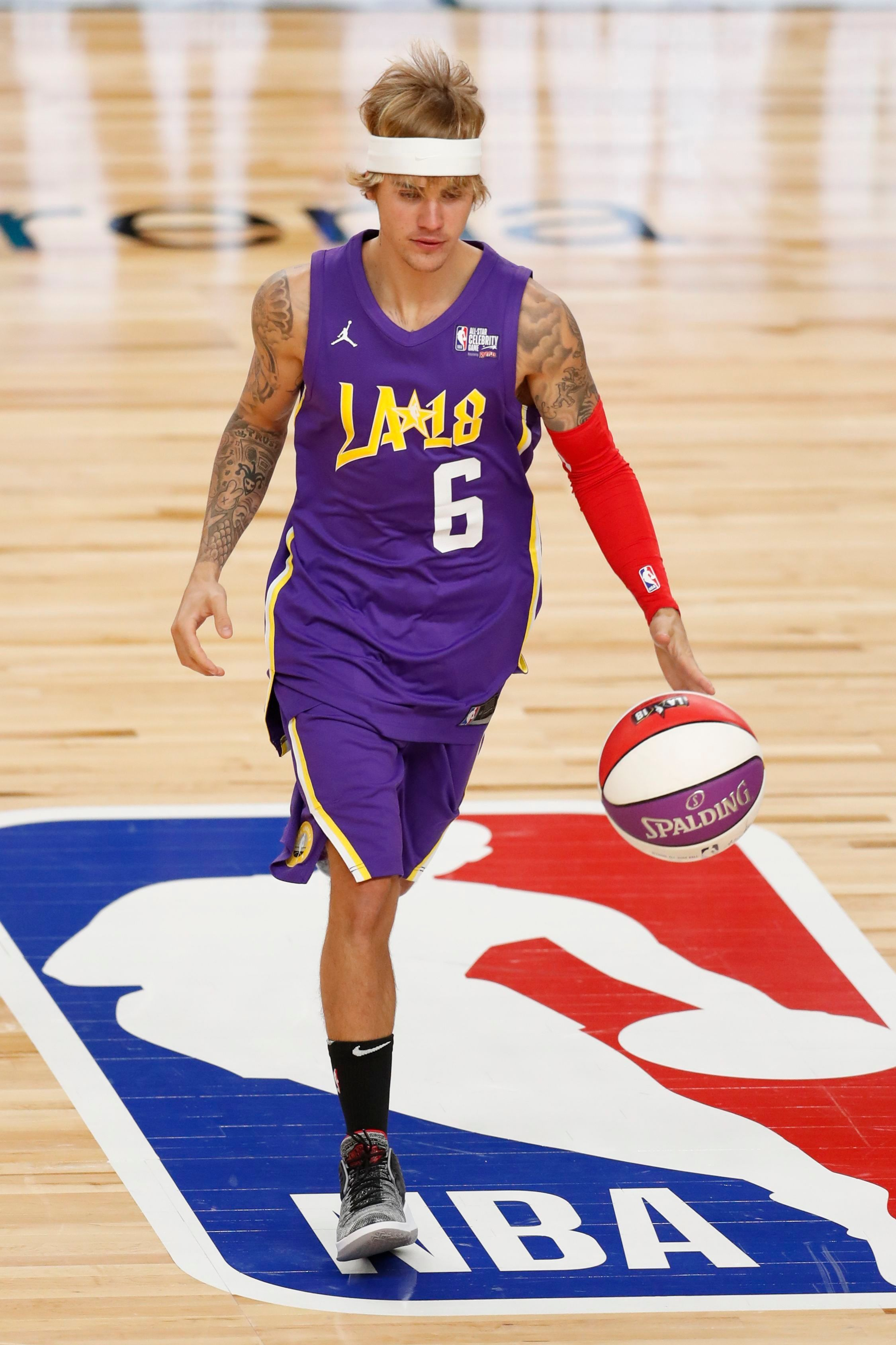 Justin Bieber plays during the NBA All Star Celebrity Game in Los Angeles on Feb. 16, 2018.