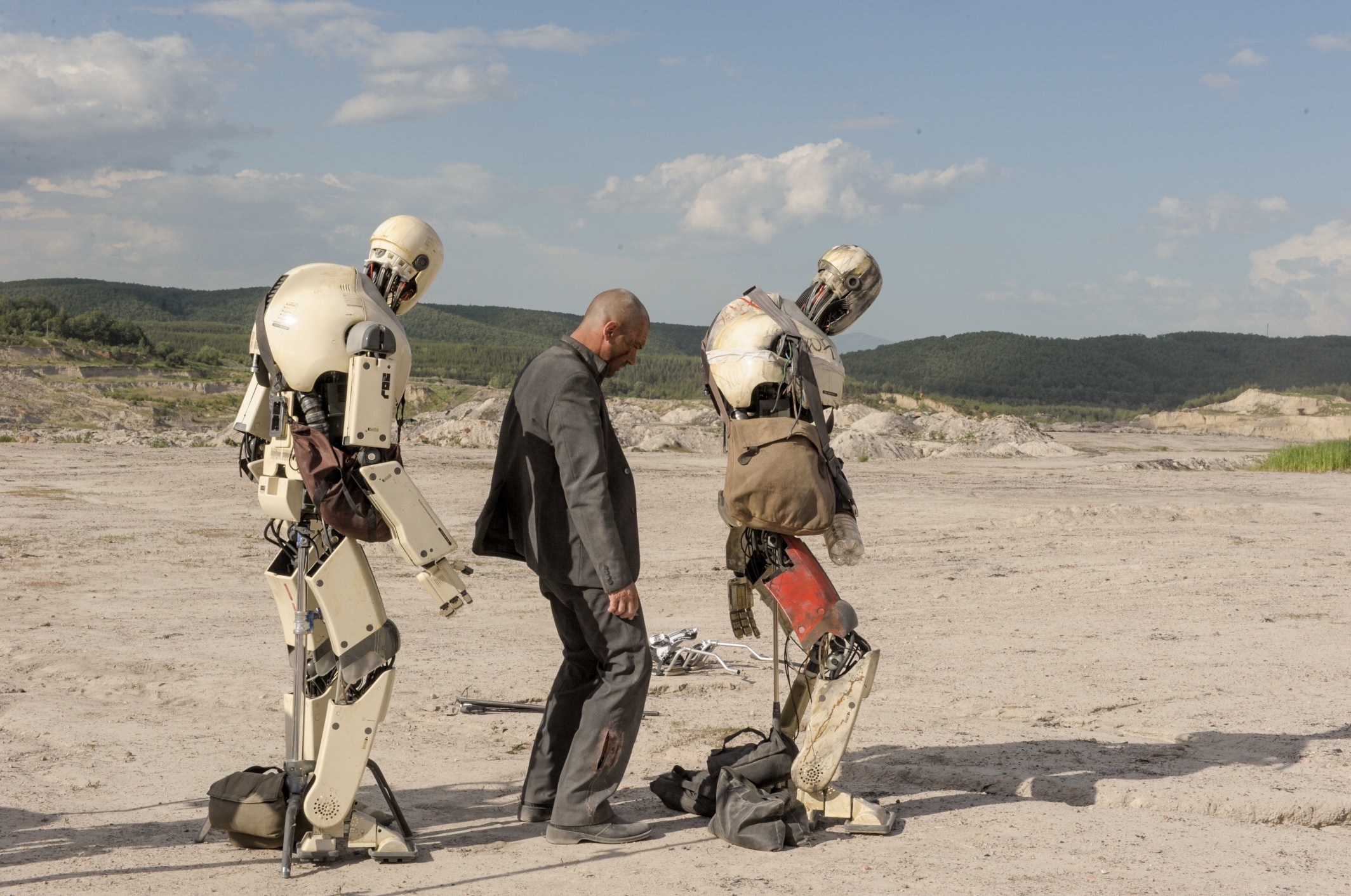 "Antiono Banderas and Javier Bardem (robot voice) star in ""Automata"" in 2014."