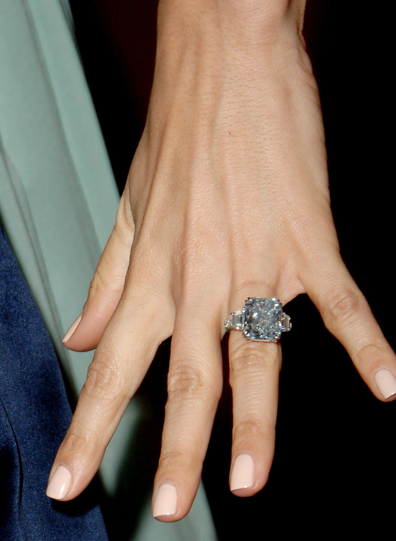 Jennifer Lopez Engagement Ring From Marc Anthony