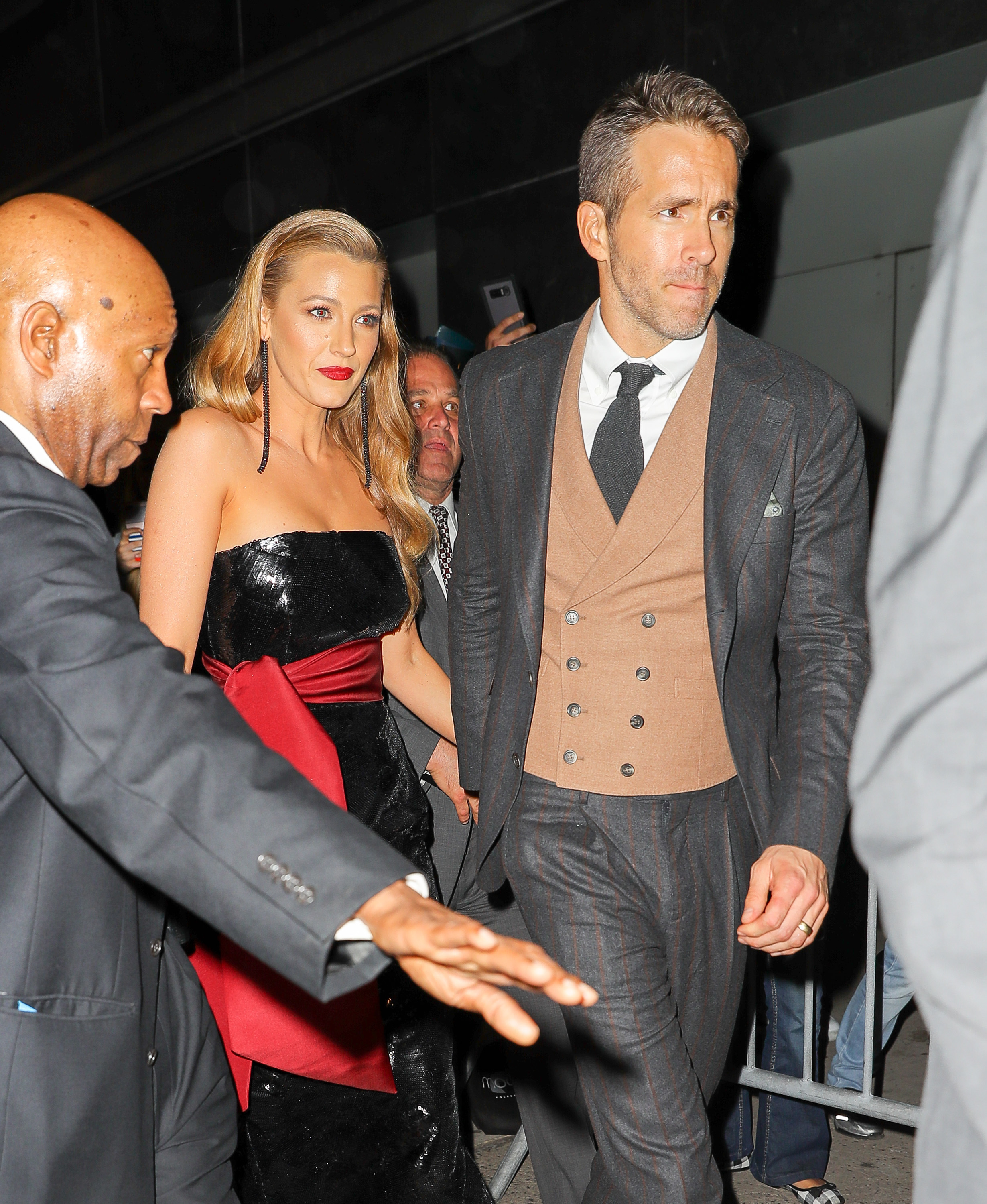Blake Lively and Ryan Reynolds were seen hand in hand while leaving the Loews Lincoln Square after attending the DeadPool 2 premiere in New York City on May 14, 2018.
