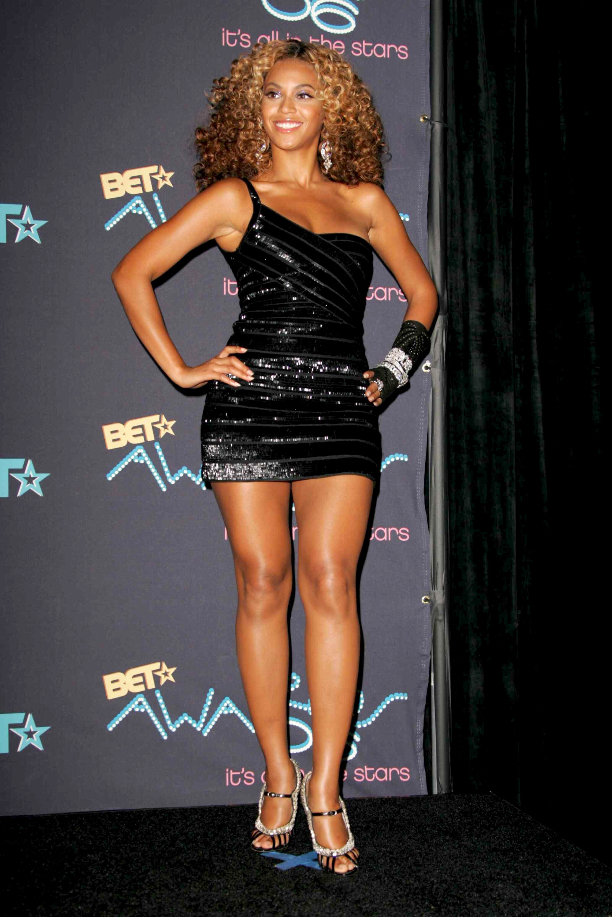 e302cd0e Most memorable BET Awards fashion moments | Gallery | Wonderwall.com