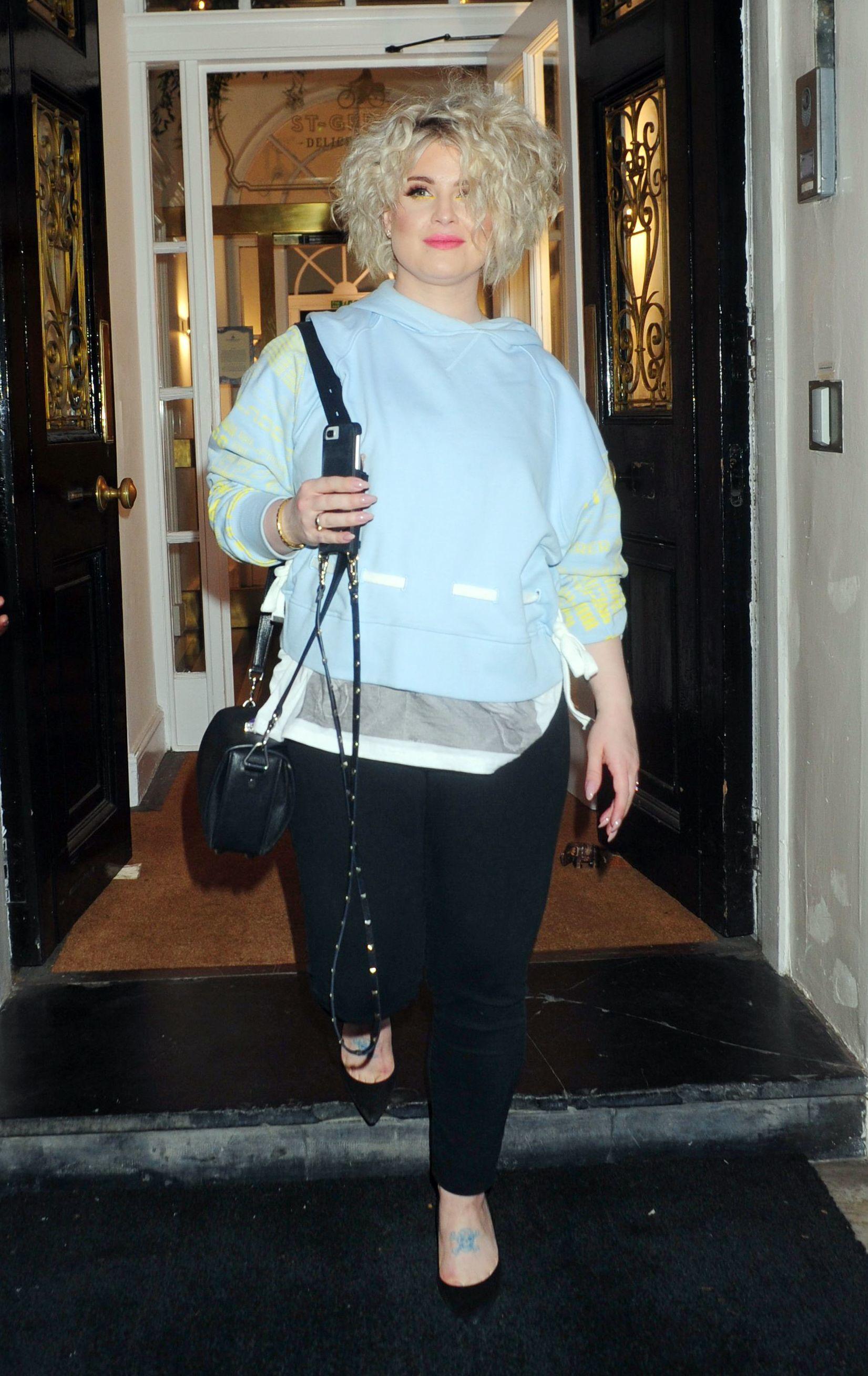 Kelly Osbourne steps out in London on June 14, 2018.