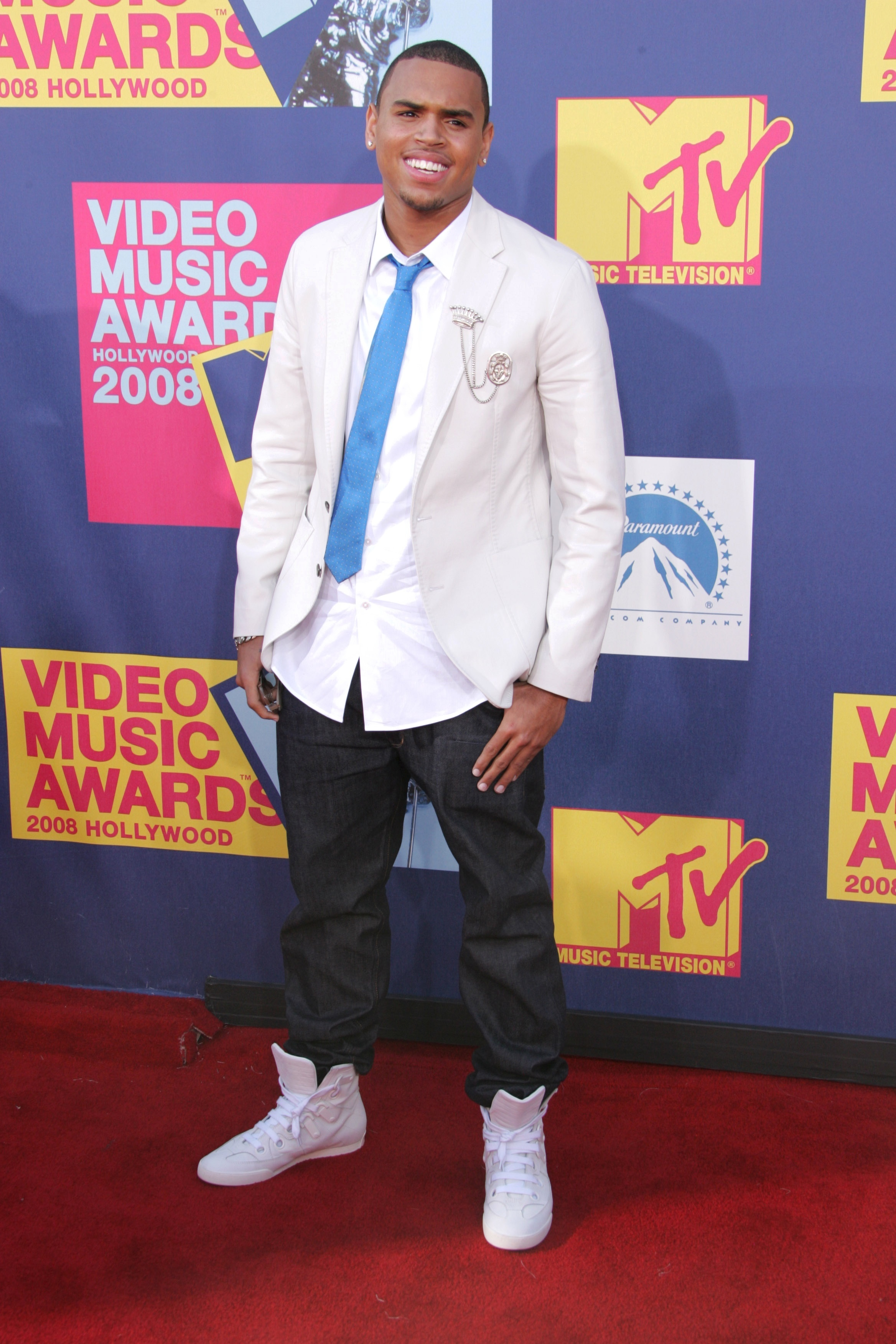 Chris Brown arrives at the MTV Video Music Awards in Los Angeles on Sept. 7, 2008.