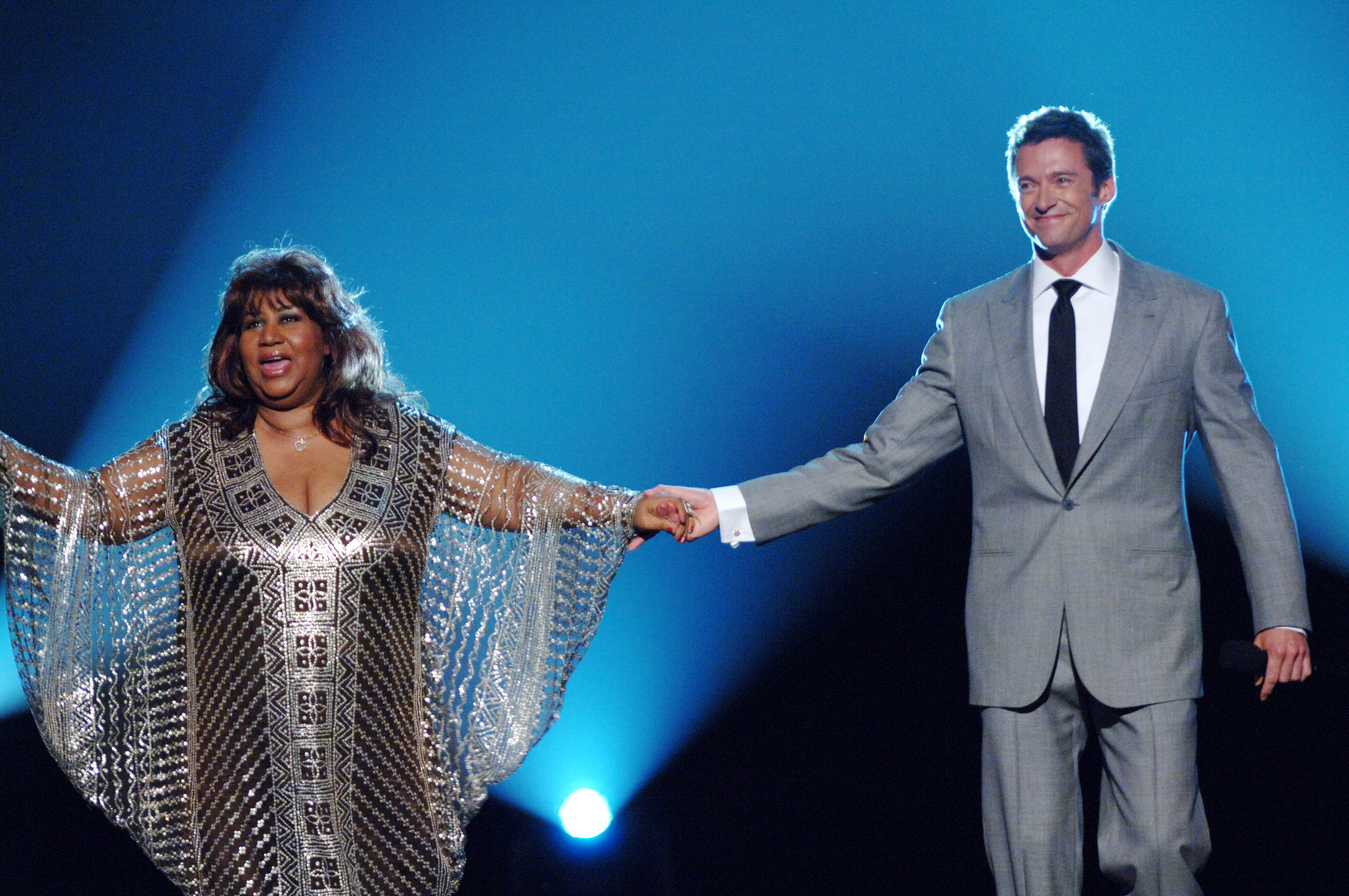 Aretha Franklin and Hugh Jackman perform during the 59th Annual Tony Awards at Radio City Music Hall in New York City on June 5, 2005.