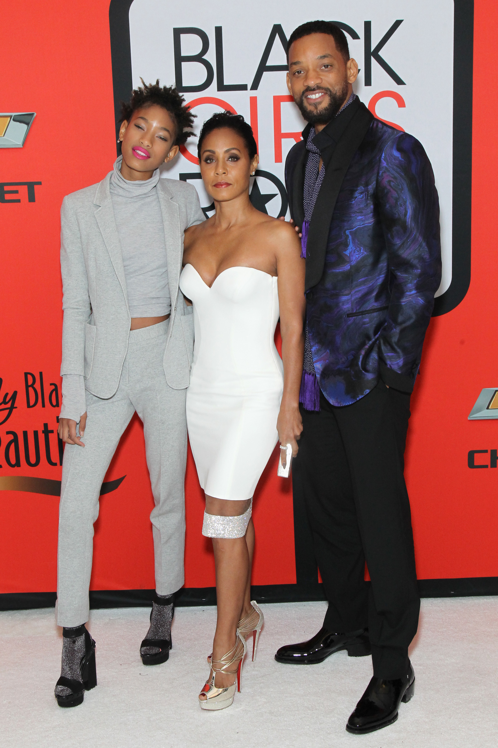 """Willow Smith, Jada Pinkett Smith, and Will Smith attend the BET's """"Black Girls Rock!"""" Red Carpet sponsored by Chevrolet at NJPAC ? Prudential Hall in Newark, New Jersey on March 28, 2015."""