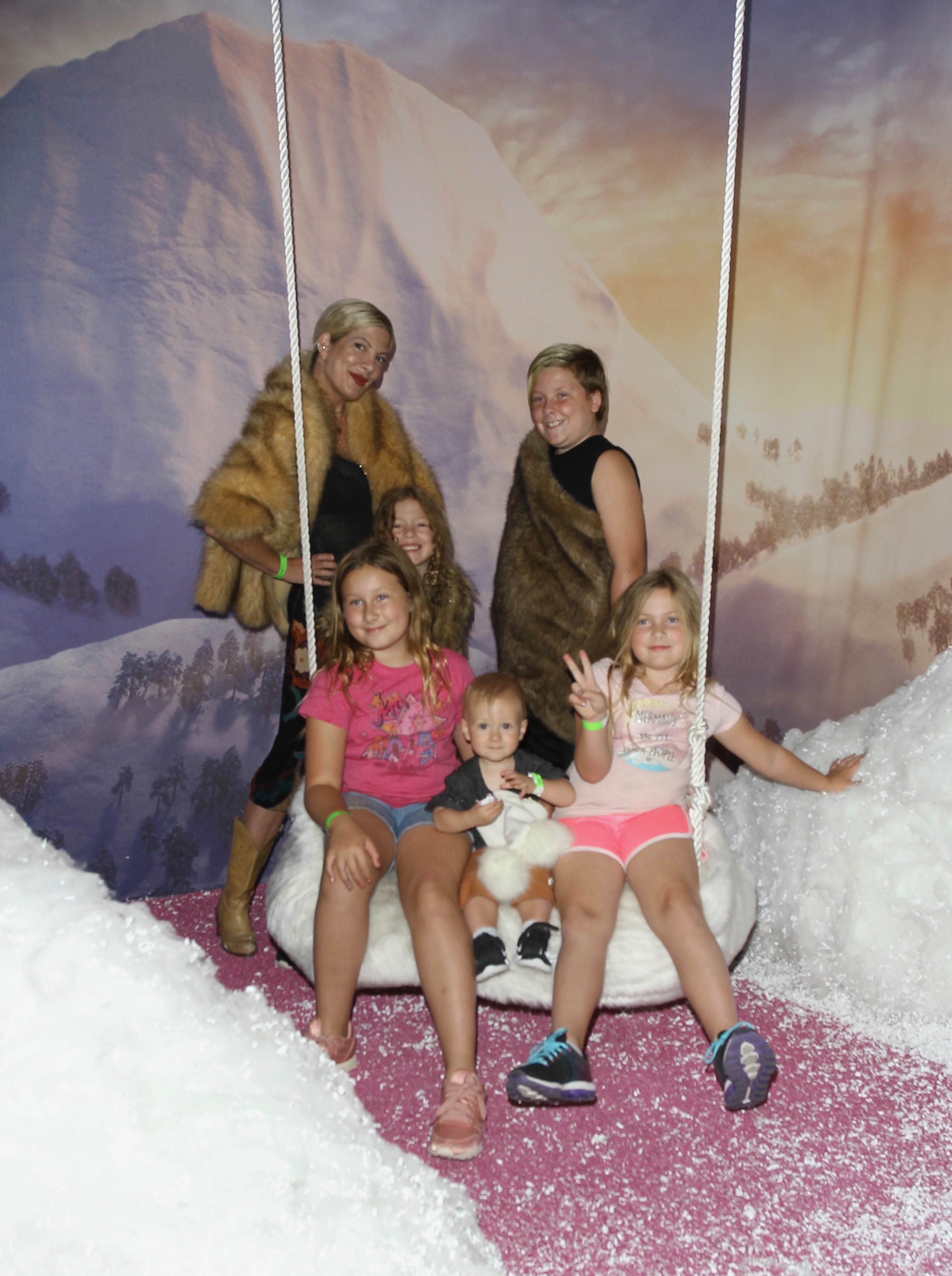 "Tori Spelling and her five kids    Stella McDermott, Finn McDermott, Beau McDermott, Liam McDermott and Hattie McDermott    visit the the ""Smallfoot"" Yeti Village produced by Experiential Supply Co. in Hollywood on Sept. 14, 2018."