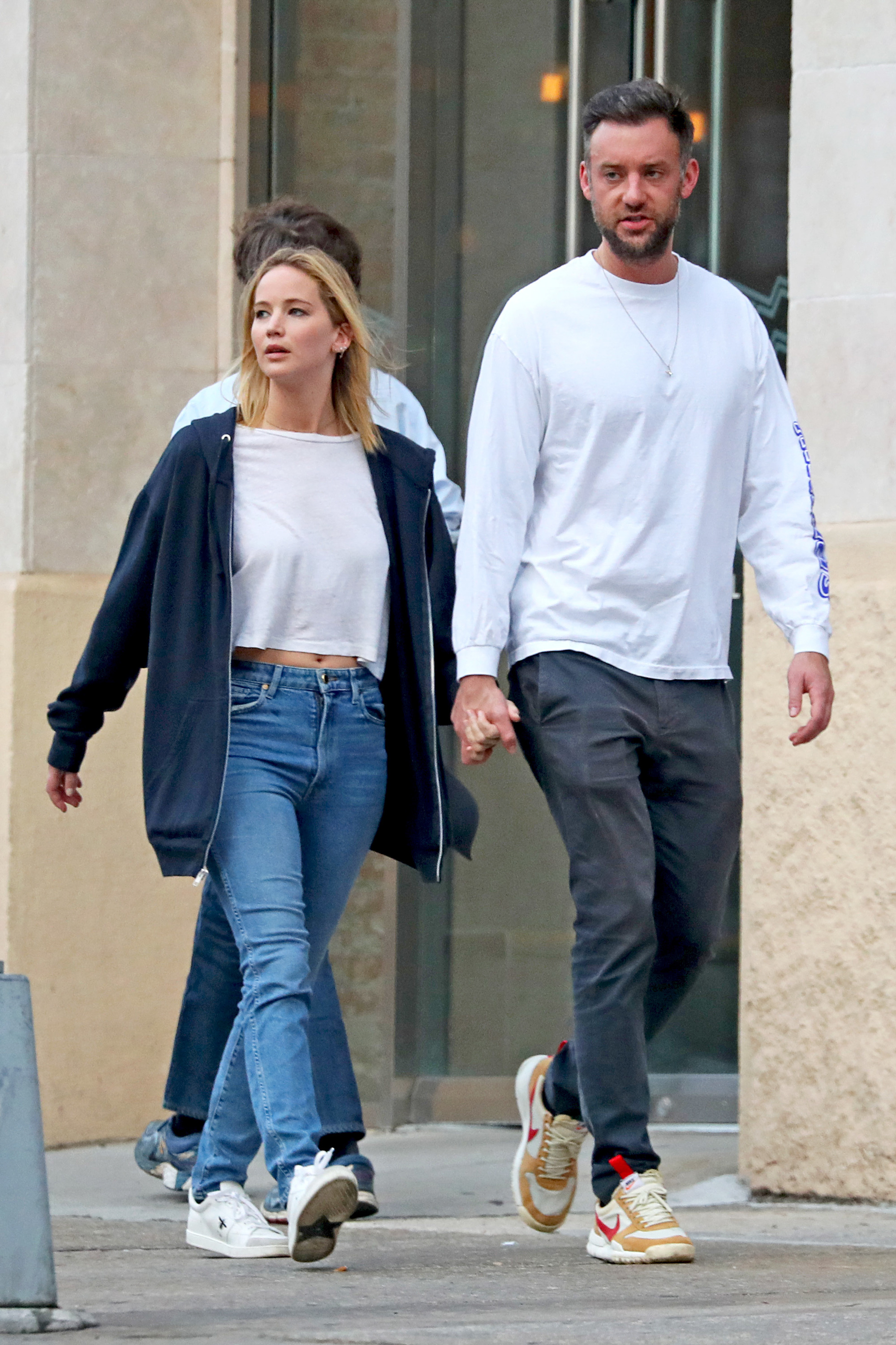 Jennifer Lawrence and her art dealer boyfriend Cooke Maroney spent the day running errands while looking loved up in New York City on Oct. 2, 2018.