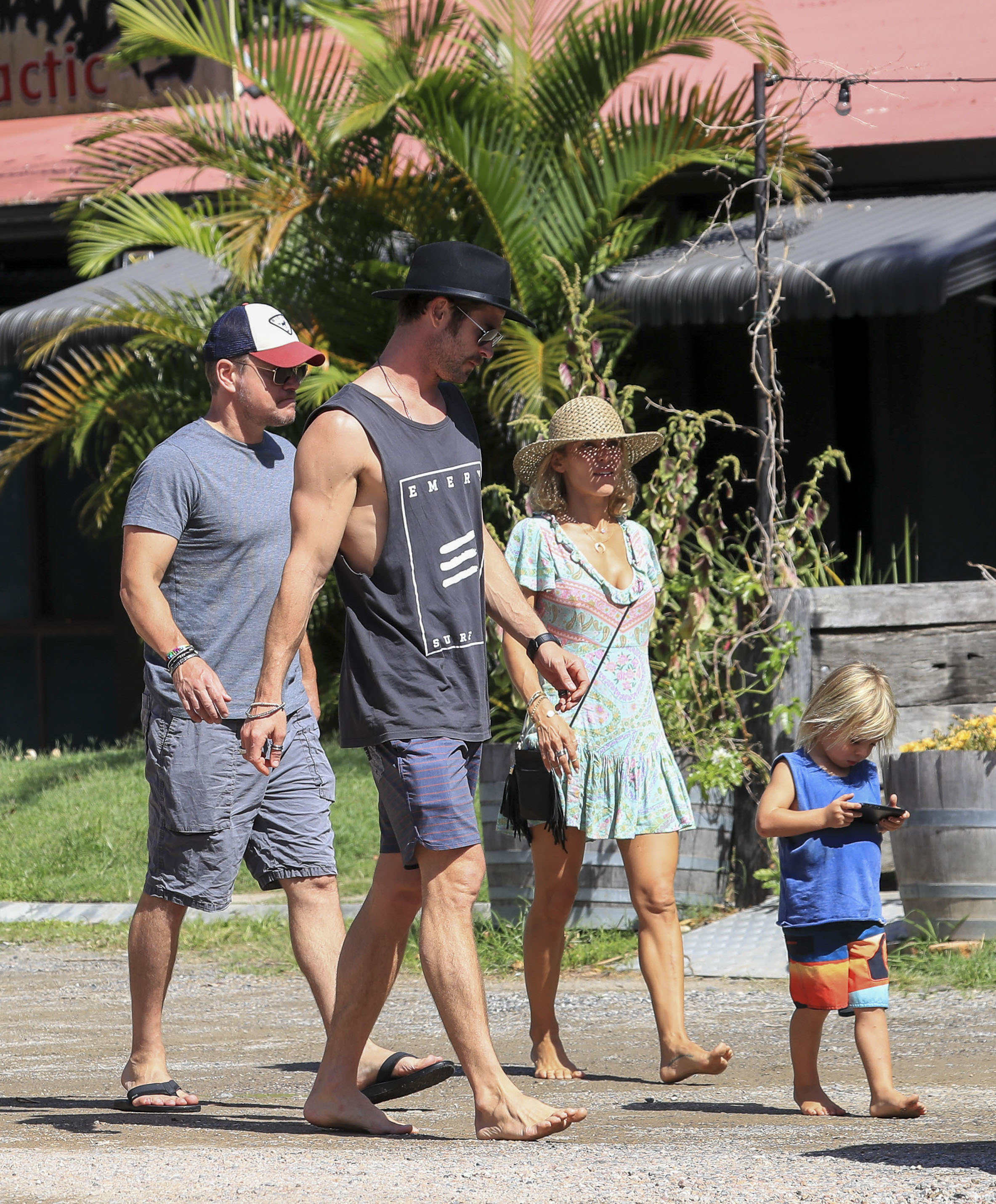 Matt Damon, Chris Hemsworth and Elsa Pataky head to lunch with their families in Byron Bay, Australia, on April 1, 2018.