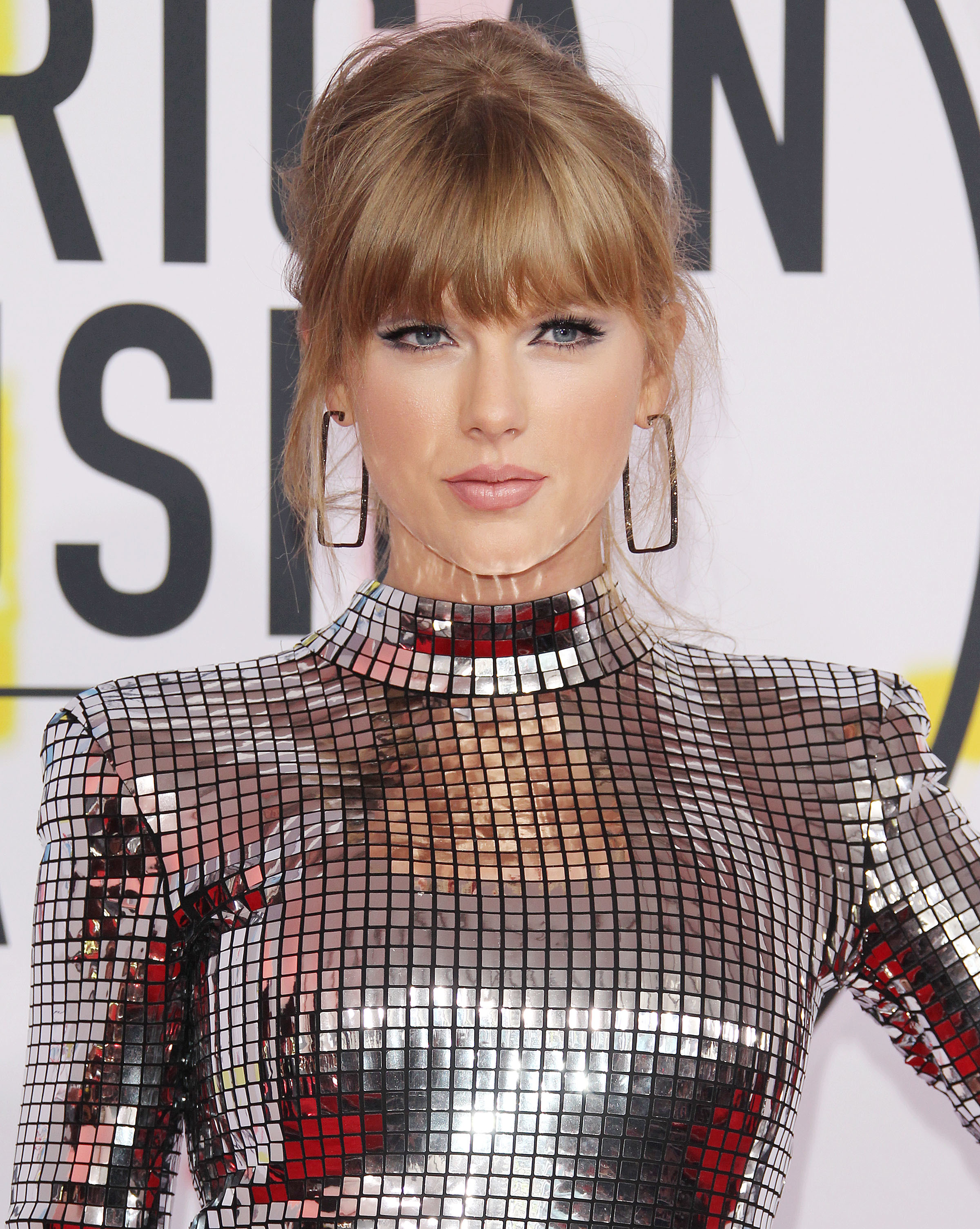 Taylor Swift finally gets political and more ICYMI news
