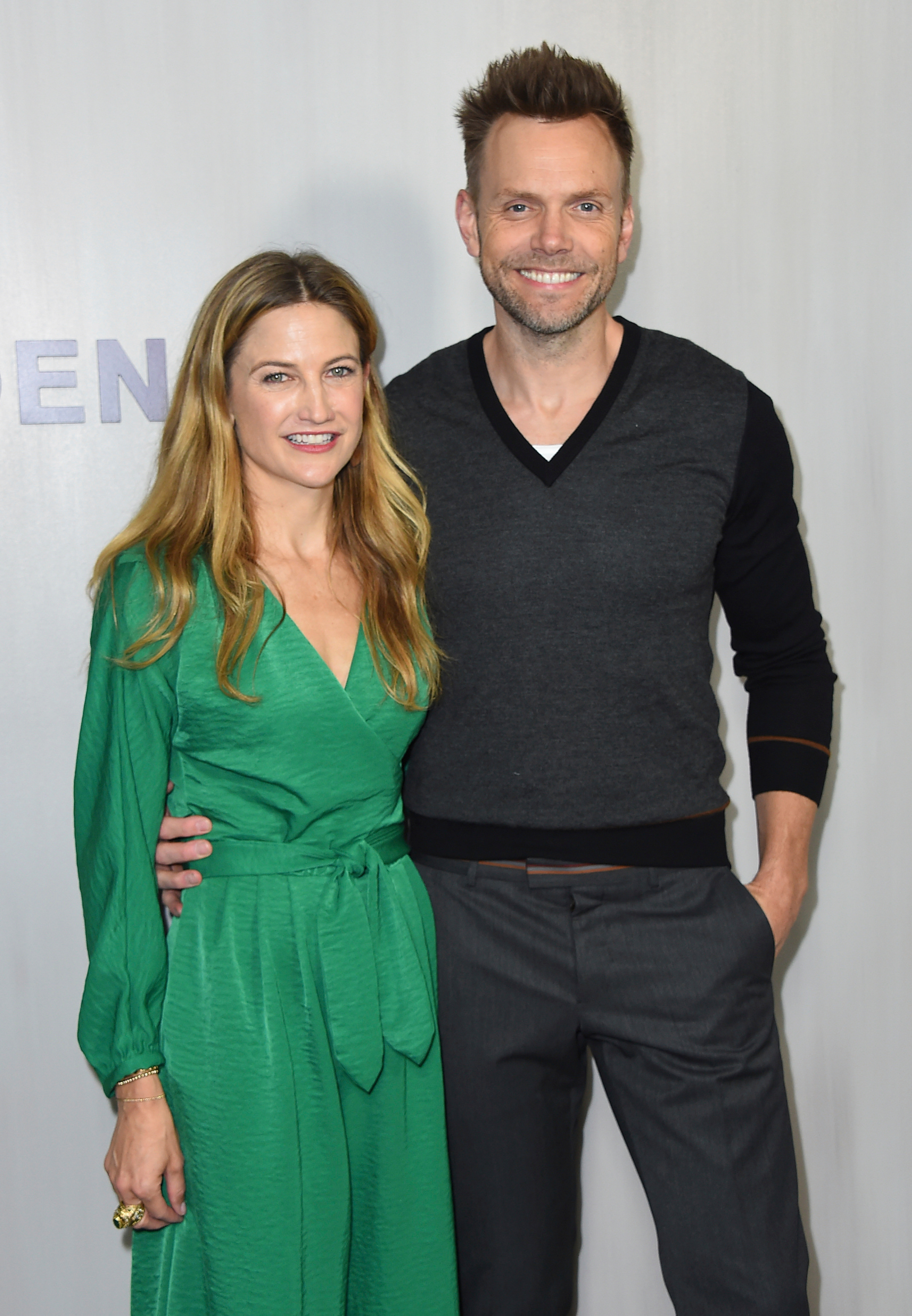 Sarah Williams and Joel McHale arrive at the 16th Annual Hammer Museum Gala in the Garden on in Los Angeles on Oct. 14, 2018.