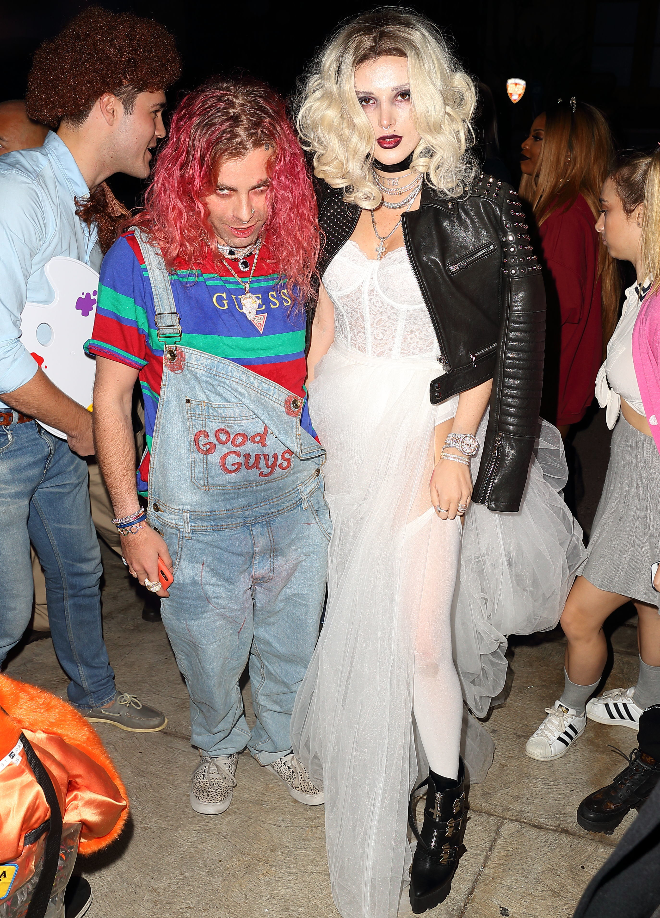 Bella Thorne and Mod sun arrive to halloween party dressed as Tiffany and Chucky from Bride of Chucky in Los Angeles on Oct. 30, 2018.