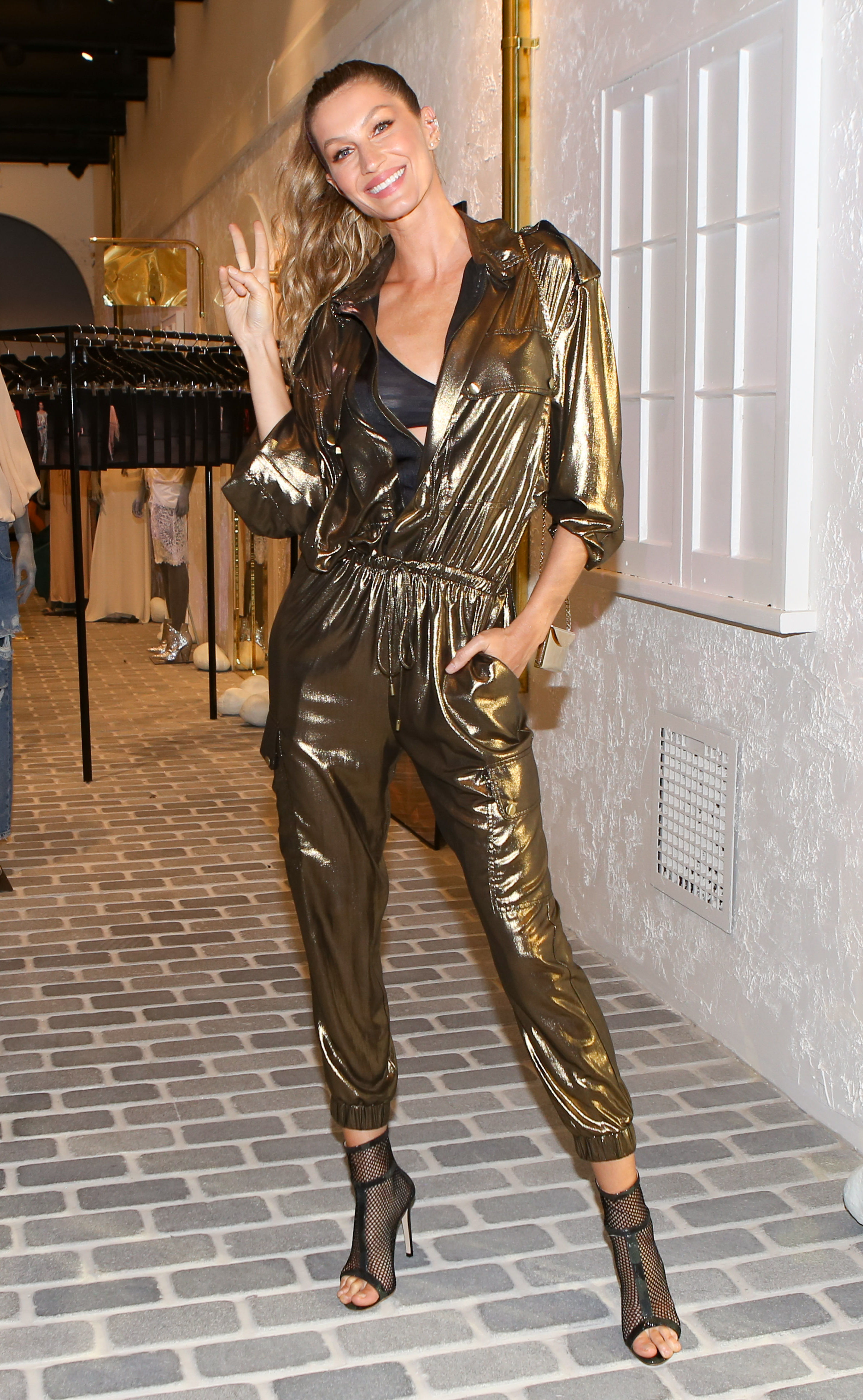 Gisele Bundchen attends the Rosa Cha store opening in Los Angeles on Nov. 2, 2018.