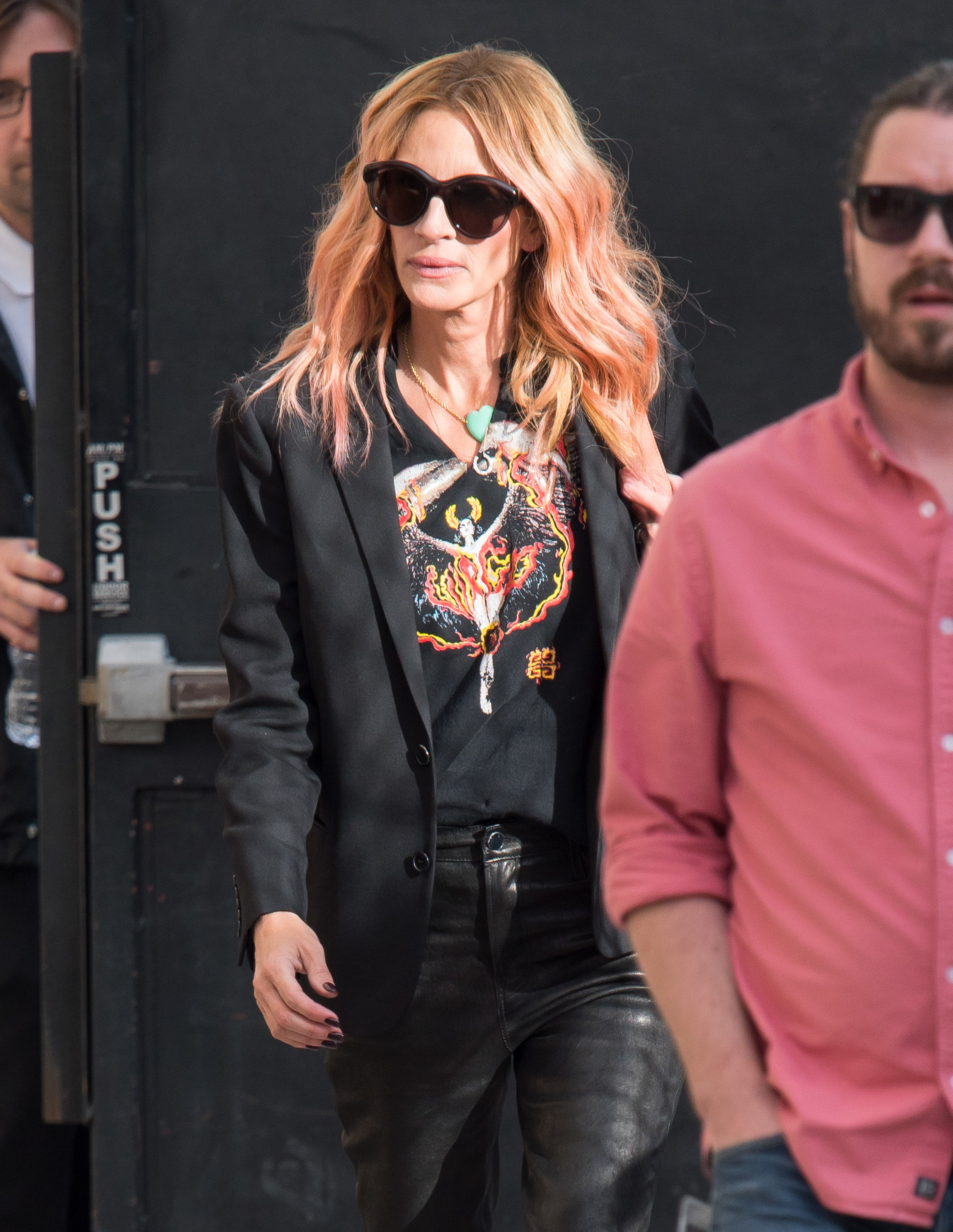 """Julia Roberts appears at """"Jimmy Kimmel Live!"""" in Los Angeles on Nov. 1, 2018."""