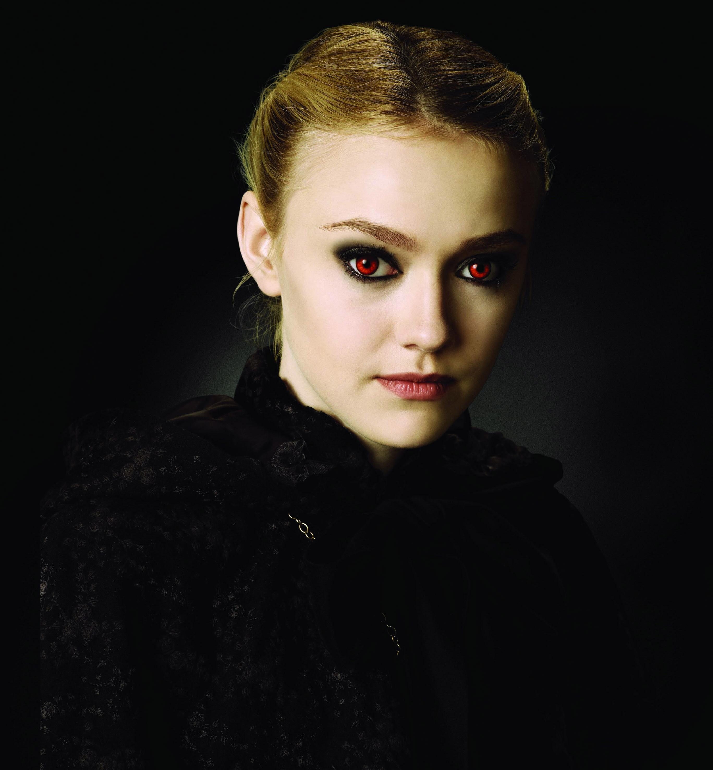 "Dakota Fanning in 2009's ""The Twilight Saga: New Moon."""