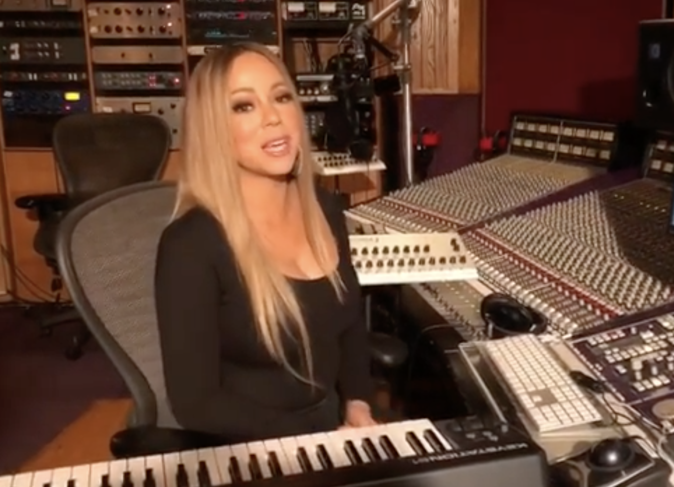 """""""Happy Thanksgiving, everybody! 🦃 Let's be grateful for all the blessings in our lives this year and every year. In addition to that, I want to thank everyone for an amazing #Caution release week! Love, Mariah ❤""""   Mariah Carey, who posted a Thanksgiving video from the recording studio on Nov. 22, 2018"""