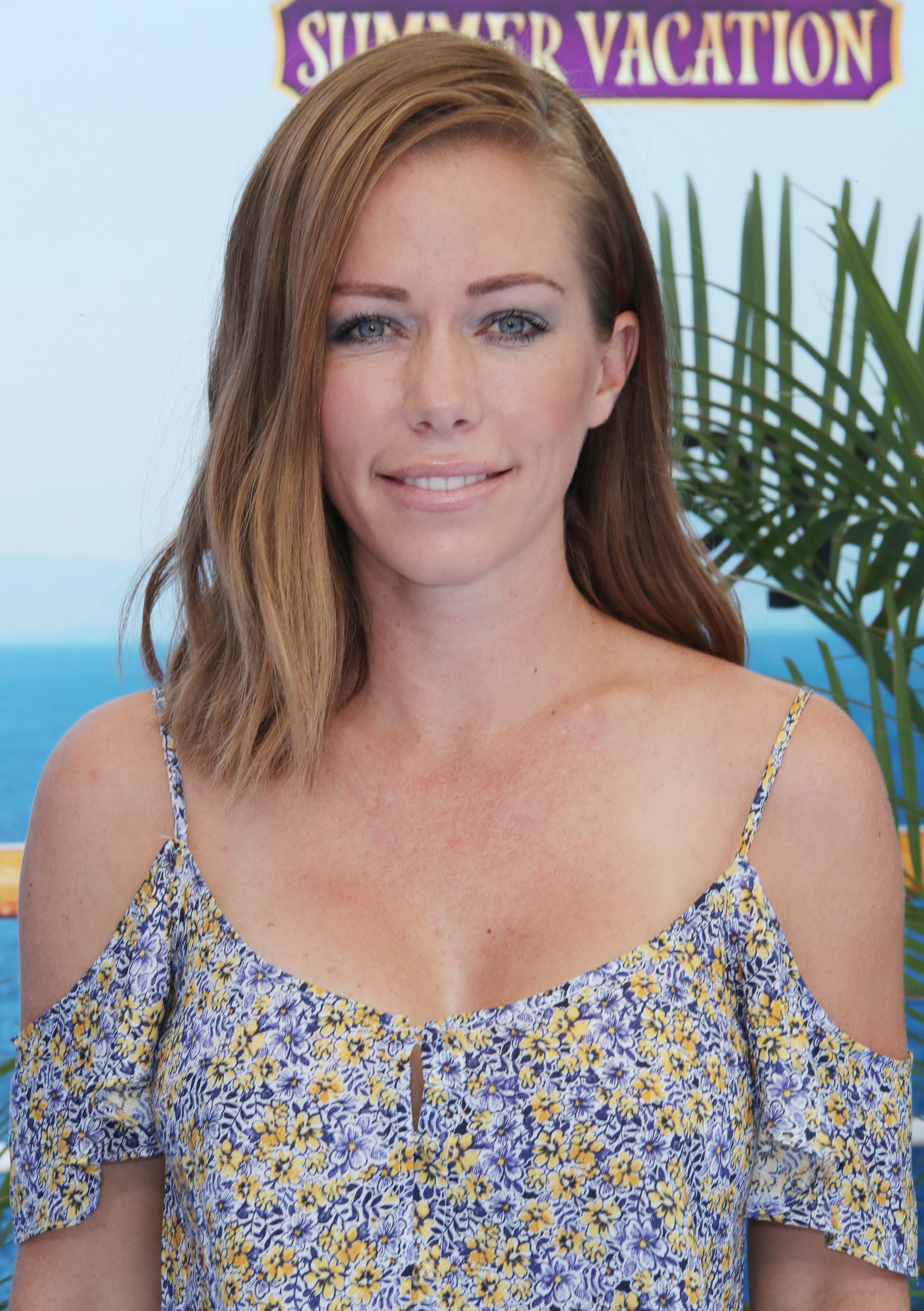 """Kendra Wilkinson attends the """"Hotel Transylvania 3: Summer Vacation"""" premiere in Los Angeles on June 30, 2018."""