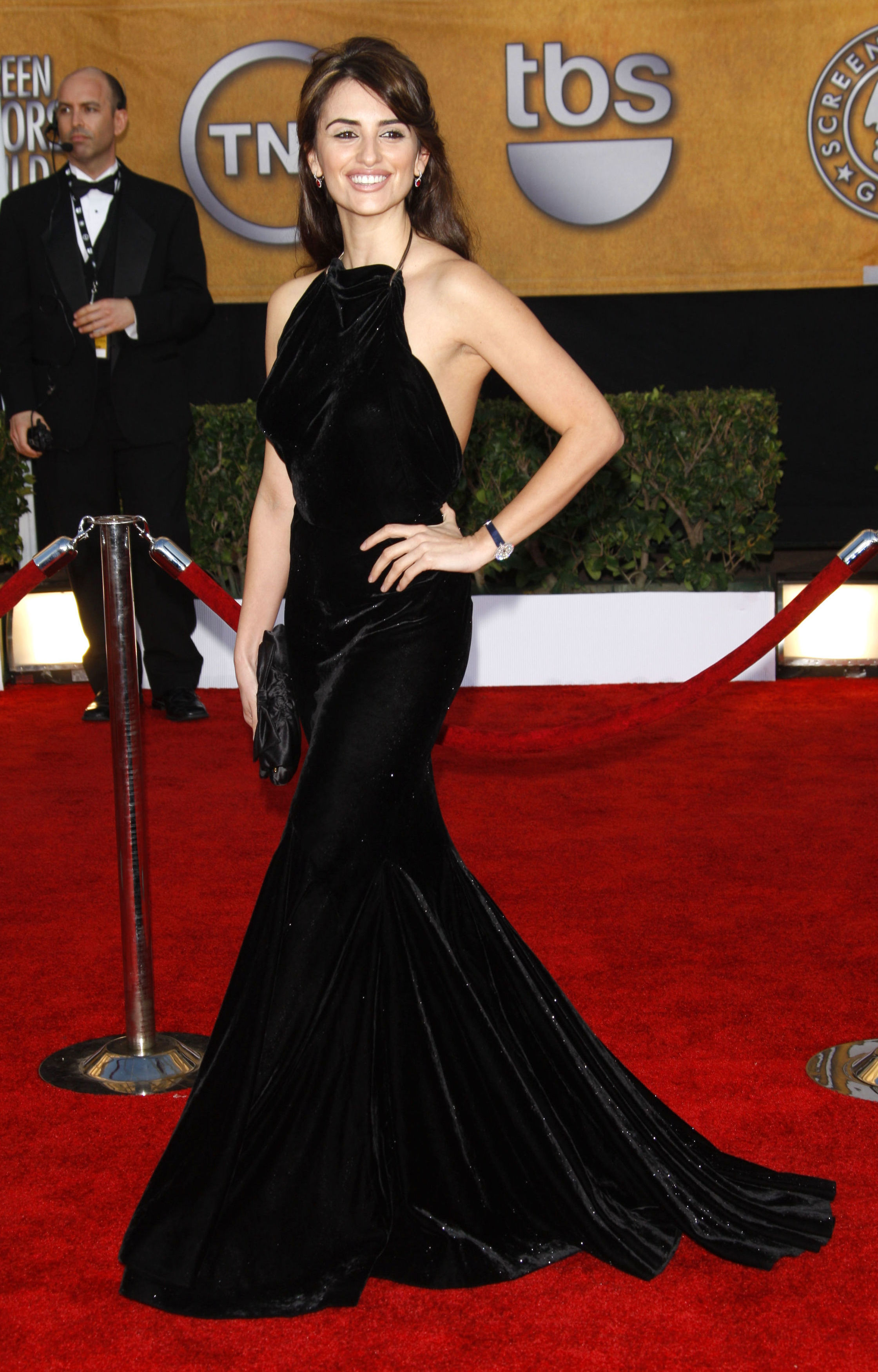 Penelope Cruz attends the 15th Annual Screen Actors Guild Awards in Los Angeles on Jan. 25, 2009.