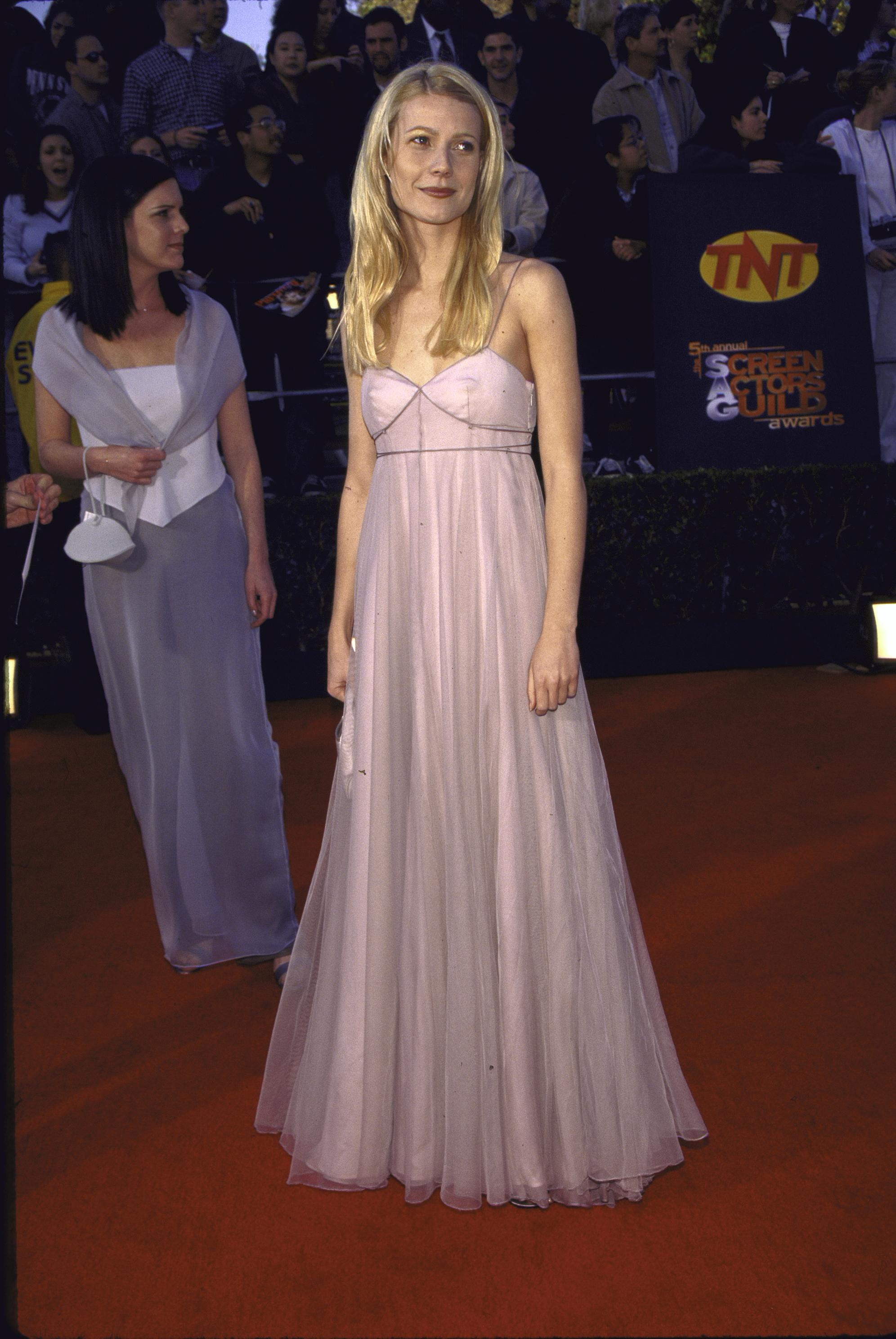 c39573d40b3 1999 SAG Awards fashion flashback
