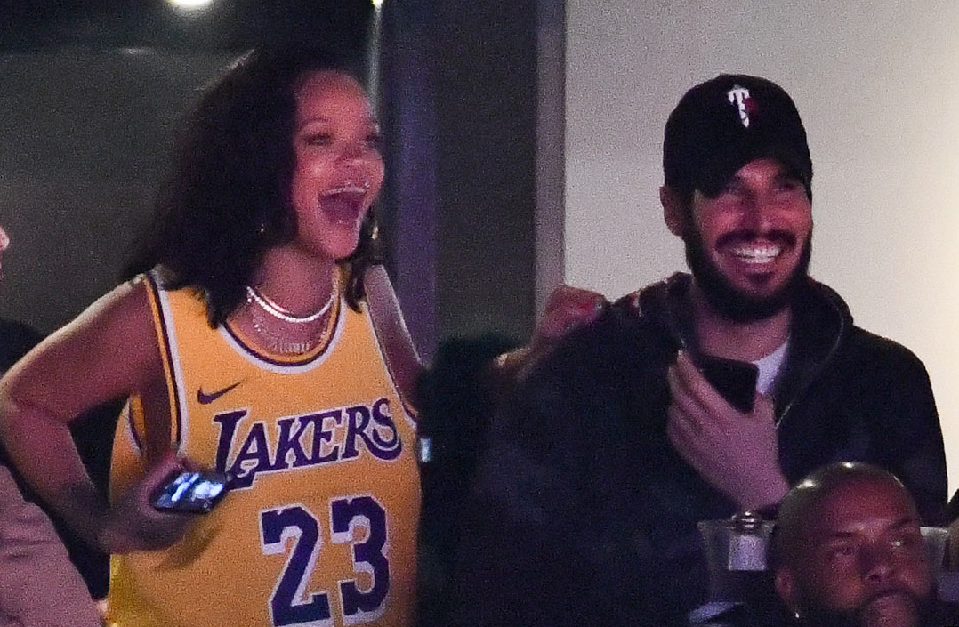 Rihanna and boyfriend Hasaan Jameel watch the Los Angeles Lakers game against the Houston Rockets at L.A.'s Staples Center on Feb. 21, 2019.