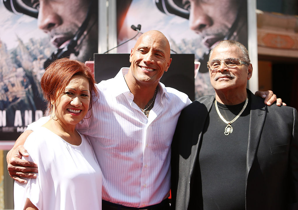 Dwayne Johnson buys his dad a new house
