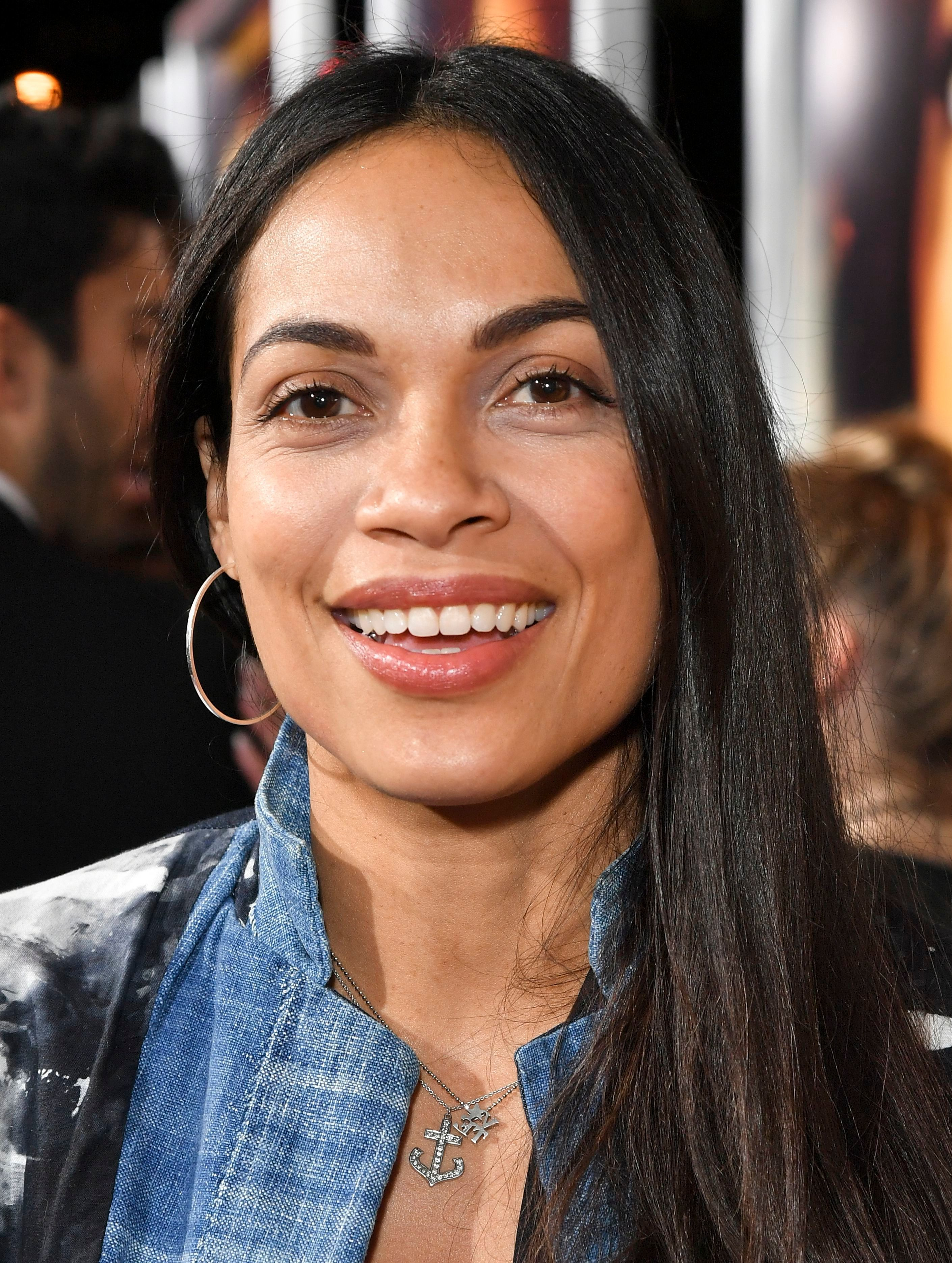 """Rosario Dawson attends the """"Miss Bala"""" premiere in Los Angeles on Jan. 30, 2019."""
