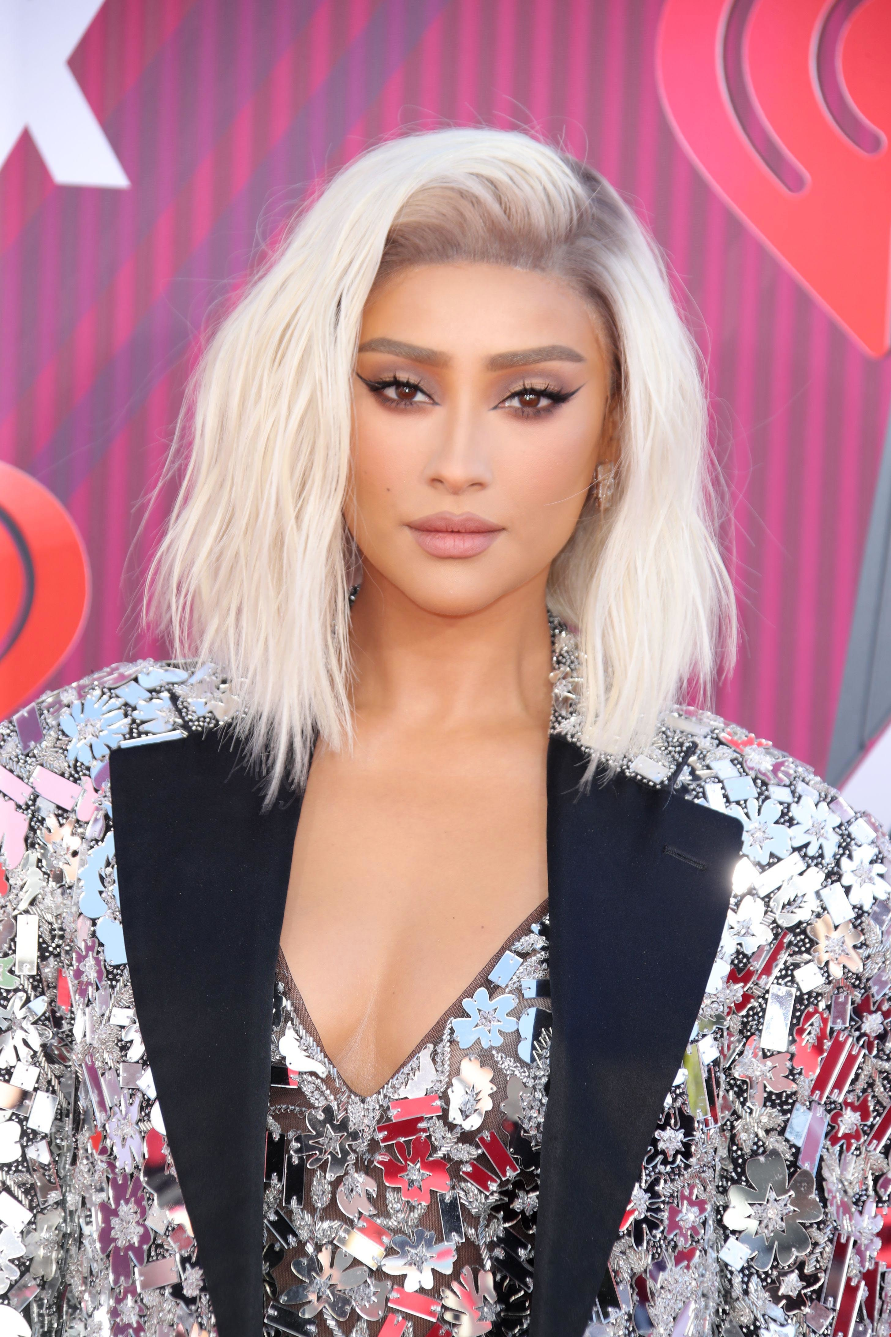 Shay Mitchell - Celebrity hair transformations of 2019 ...