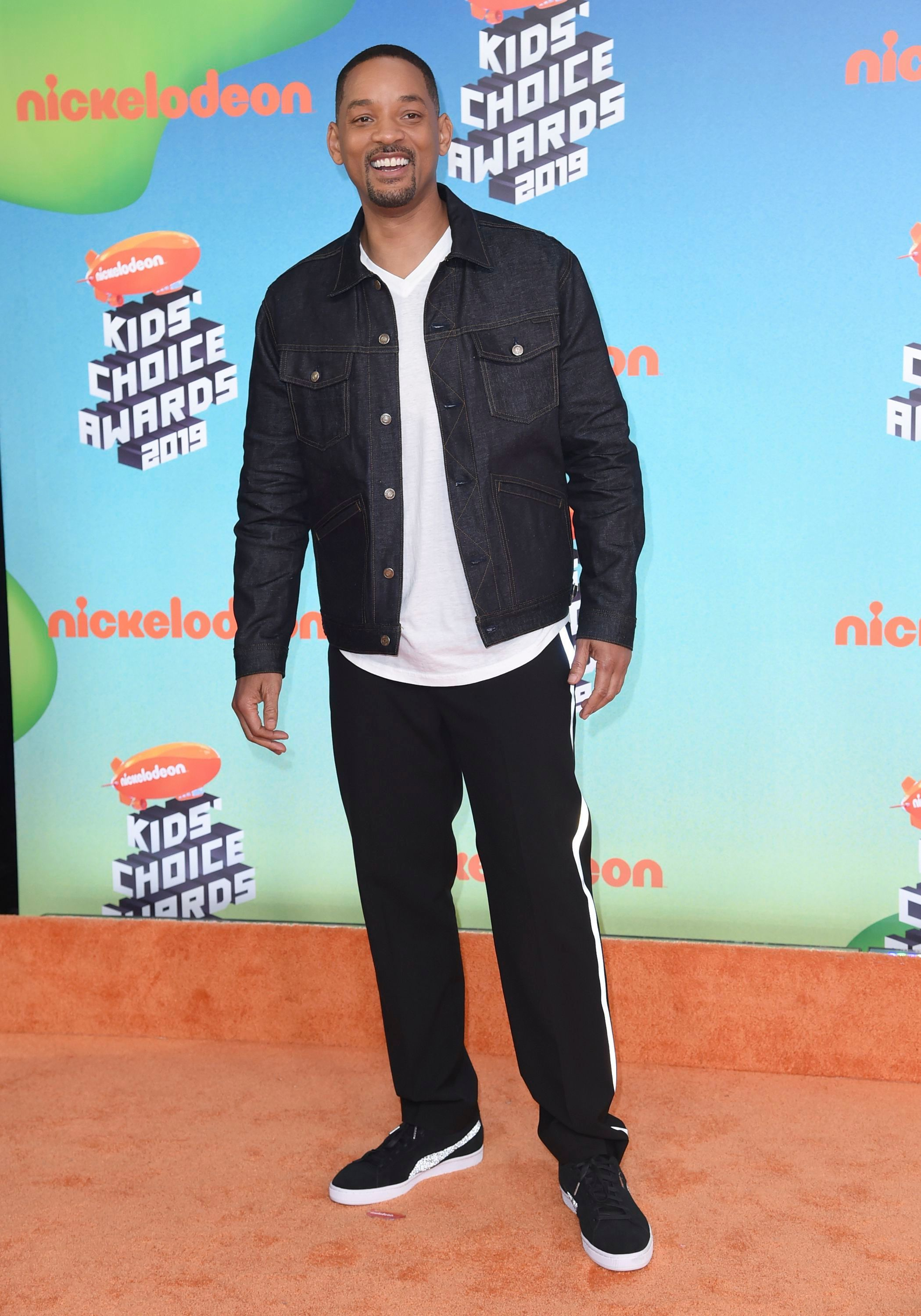 38b86be0 Fashion hits and misses from the 2019 Nickelodeon Kids' Choice Awards