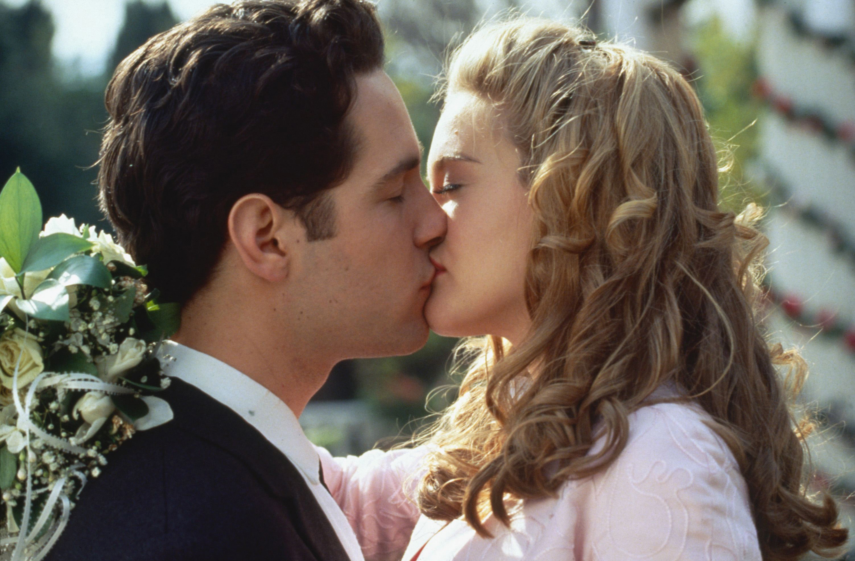 "Paul Rudd and Alicia Silverstone kiss in 1995's ""Clueless."""