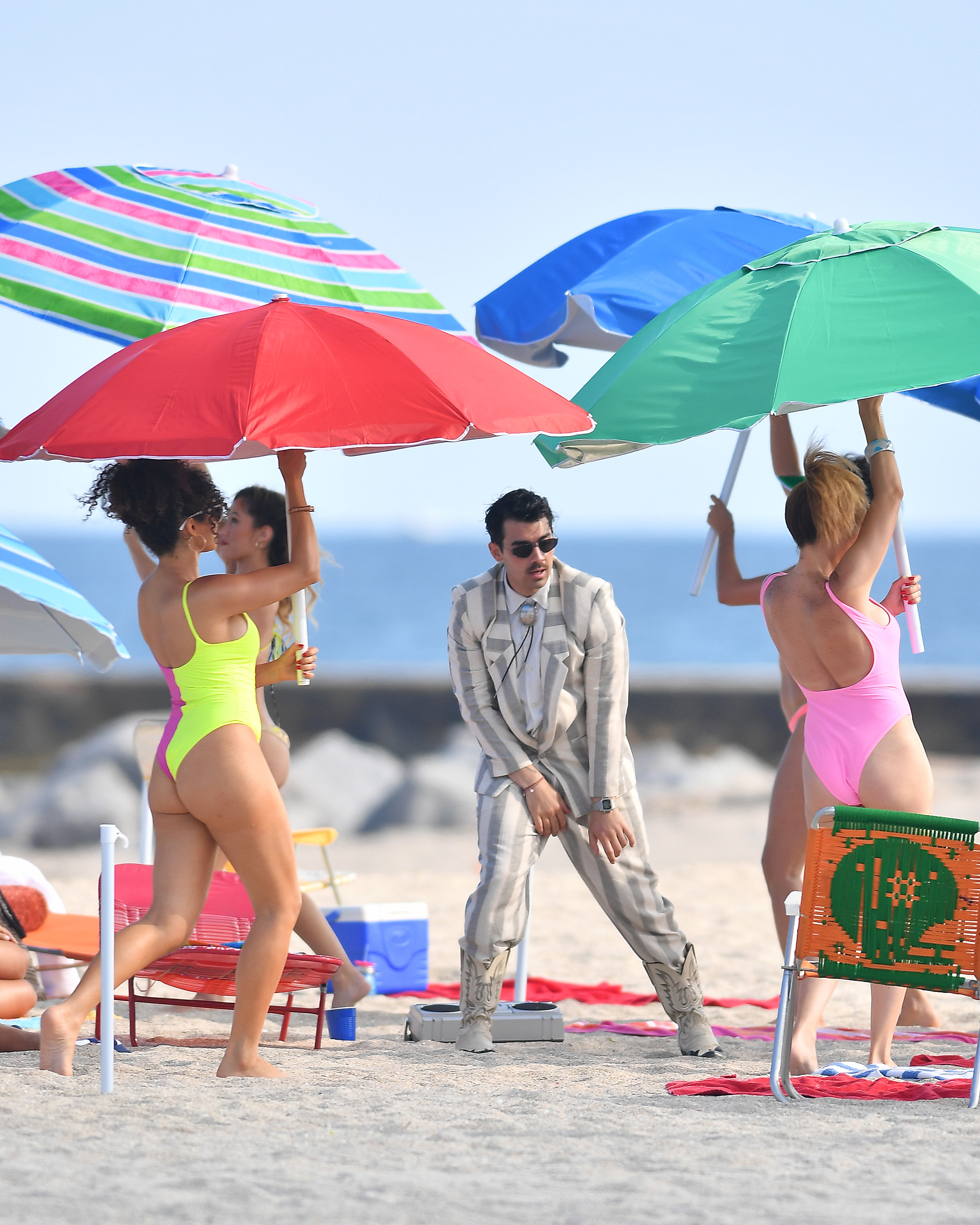 Joe Jonas was spotted busting a move while filming a new music video in Miami, FL on March 31, 2019.