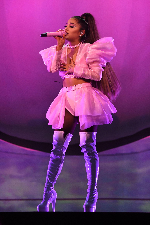 Ariana Grandes Best Fashion Moments Gallery Wonderwallcom